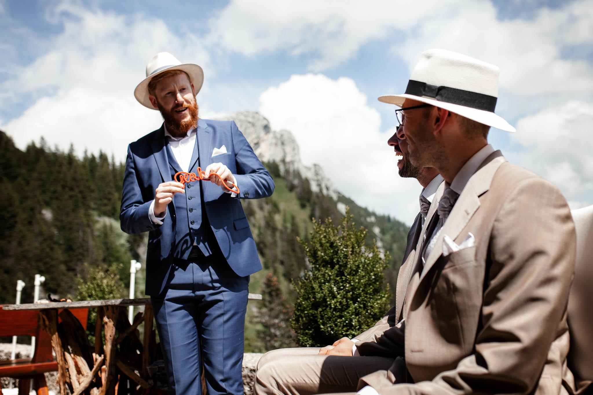 Hochzeitsfotograf Alpen, Chiemgau: freie Trauung von Dennis & Dirk 34