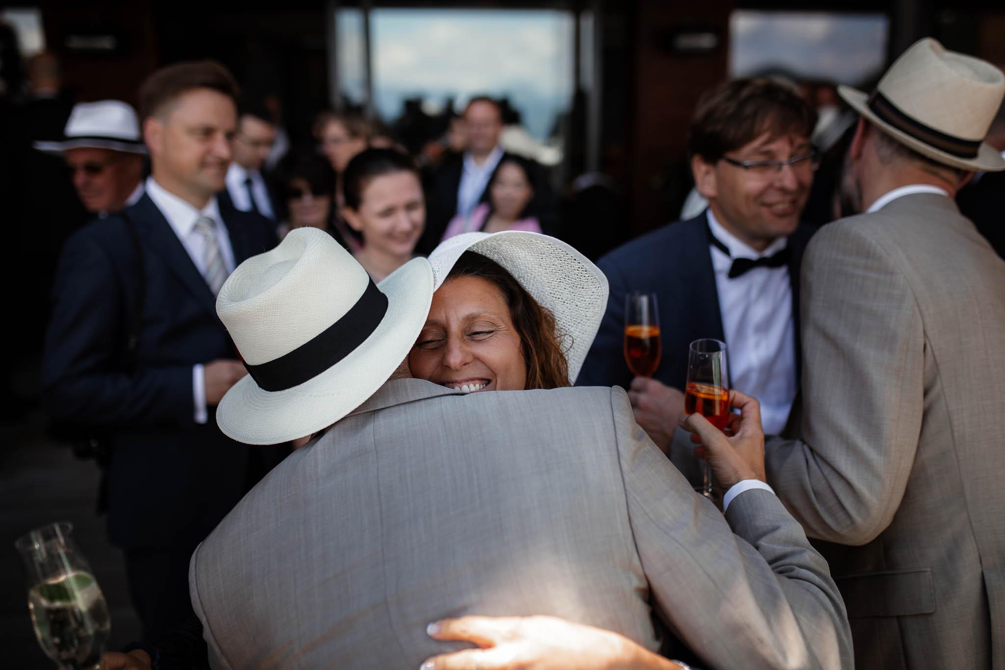 Hochzeitsfotograf Alpen, Chiemgau: freie Trauung von Dennis & Dirk 41