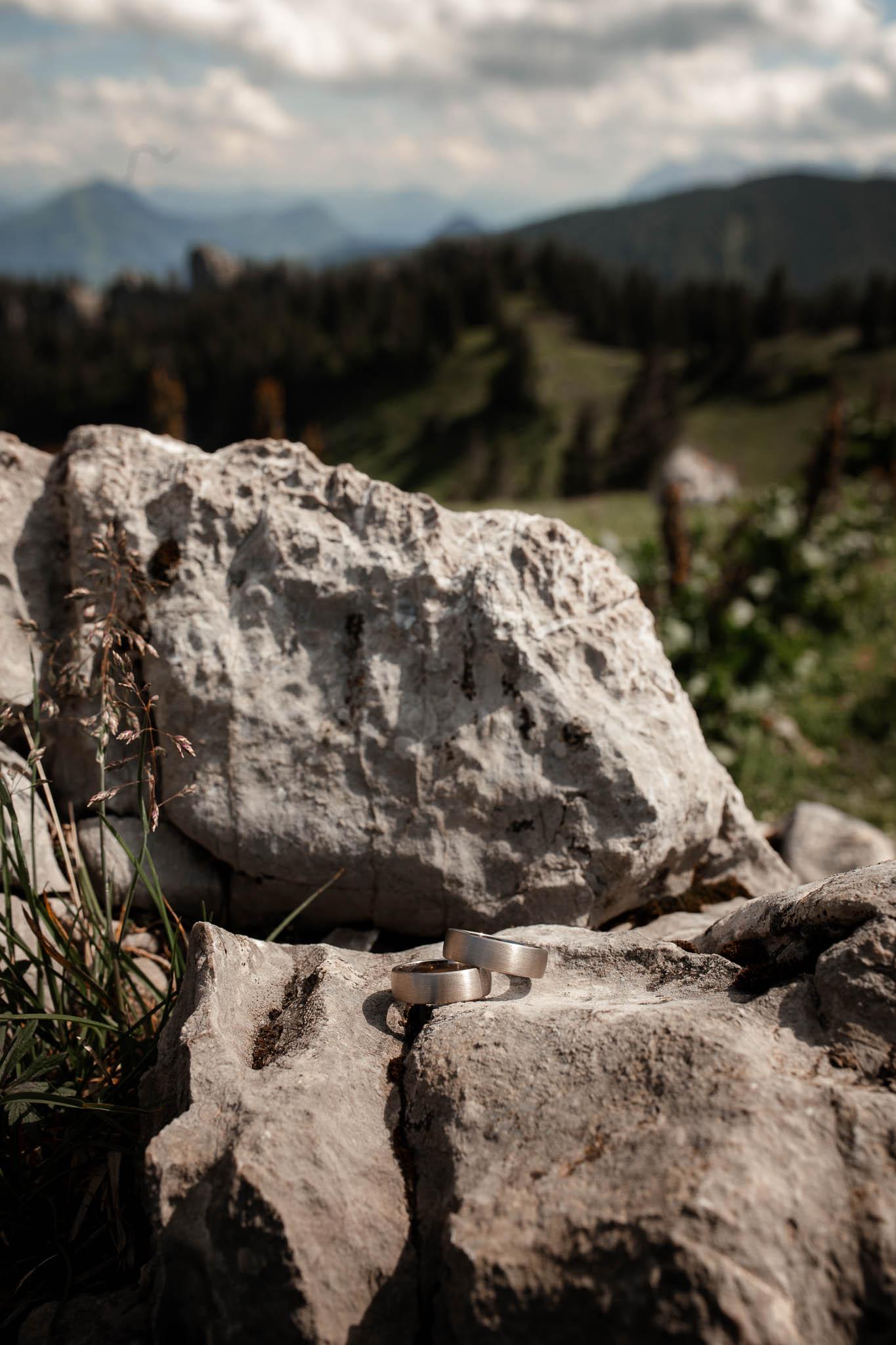 Hochzeitsfotograf Alpen, Chiemgau: freie Trauung von Dennis & Dirk 47