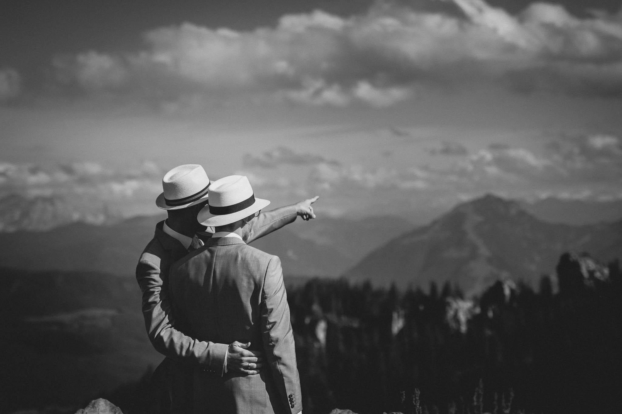 Hochzeitsfotograf Alpen, Chiemgau: freie Trauung von Dennis & Dirk 53