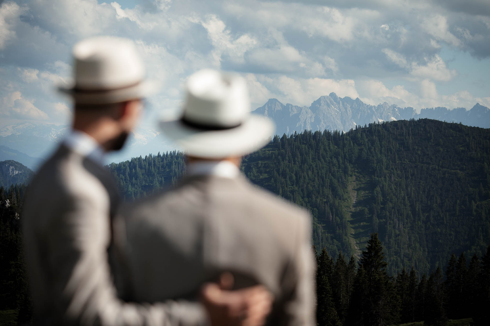 Hochzeitsfotograf Alpen, Chiemgau: freie Trauung von Dennis & Dirk 54