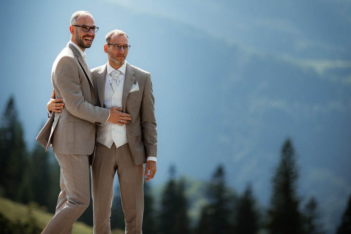Hochzeitsfotograf Alpen, Chiemgau: freie Trauung von Dennis & Dirk 1