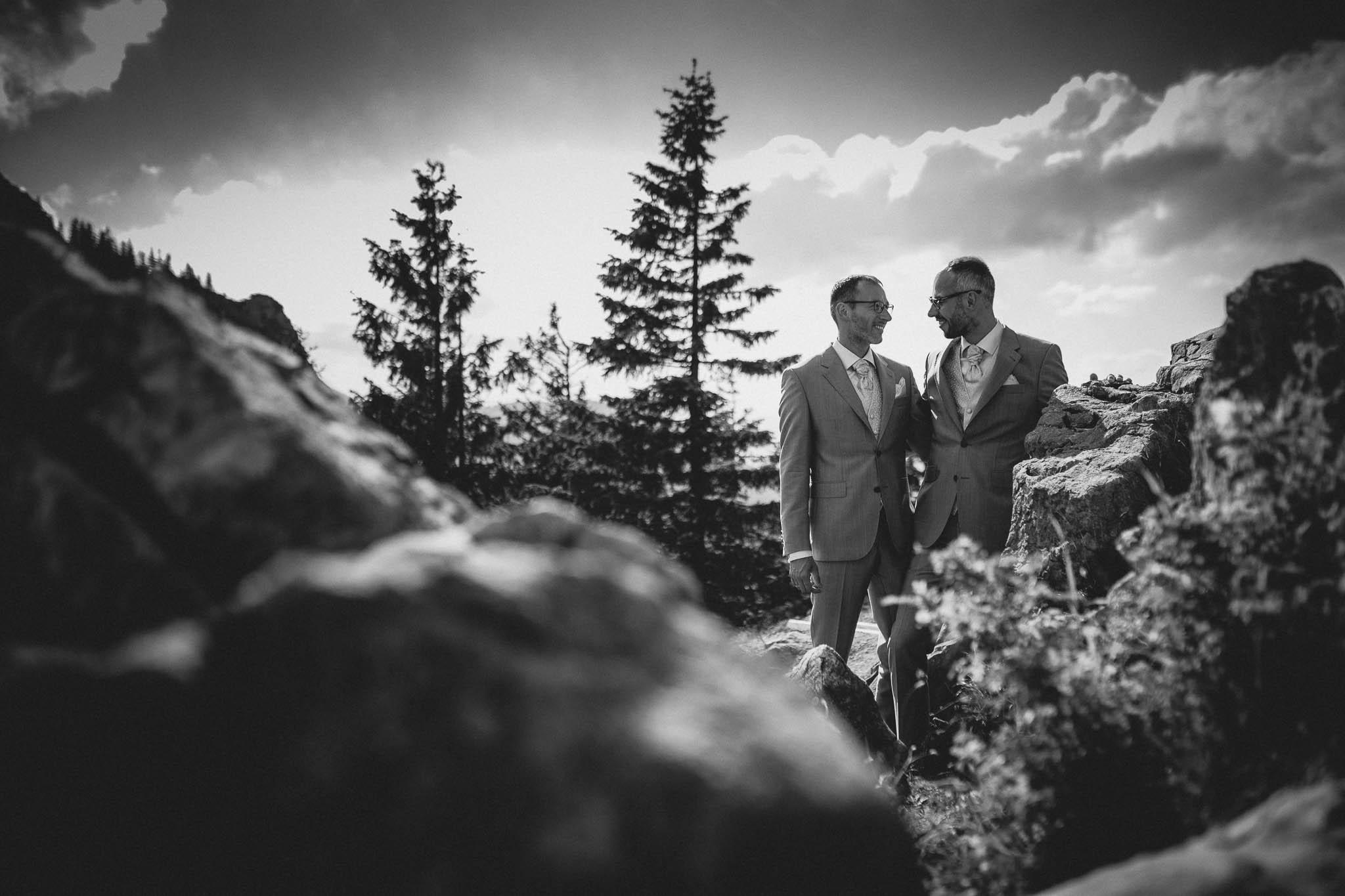 Hochzeitsfotograf Alpen, Chiemgau: freie Trauung von Dennis & Dirk 68