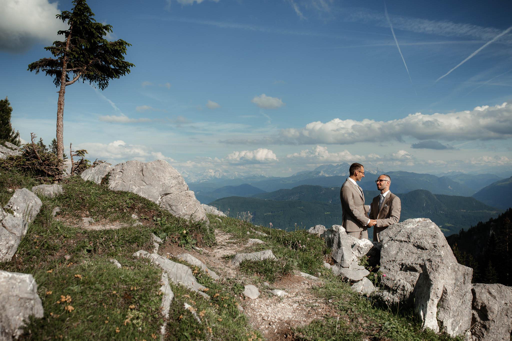 Hochzeitsfotograf Alpen, Chiemgau: freie Trauung von Dennis & Dirk 69