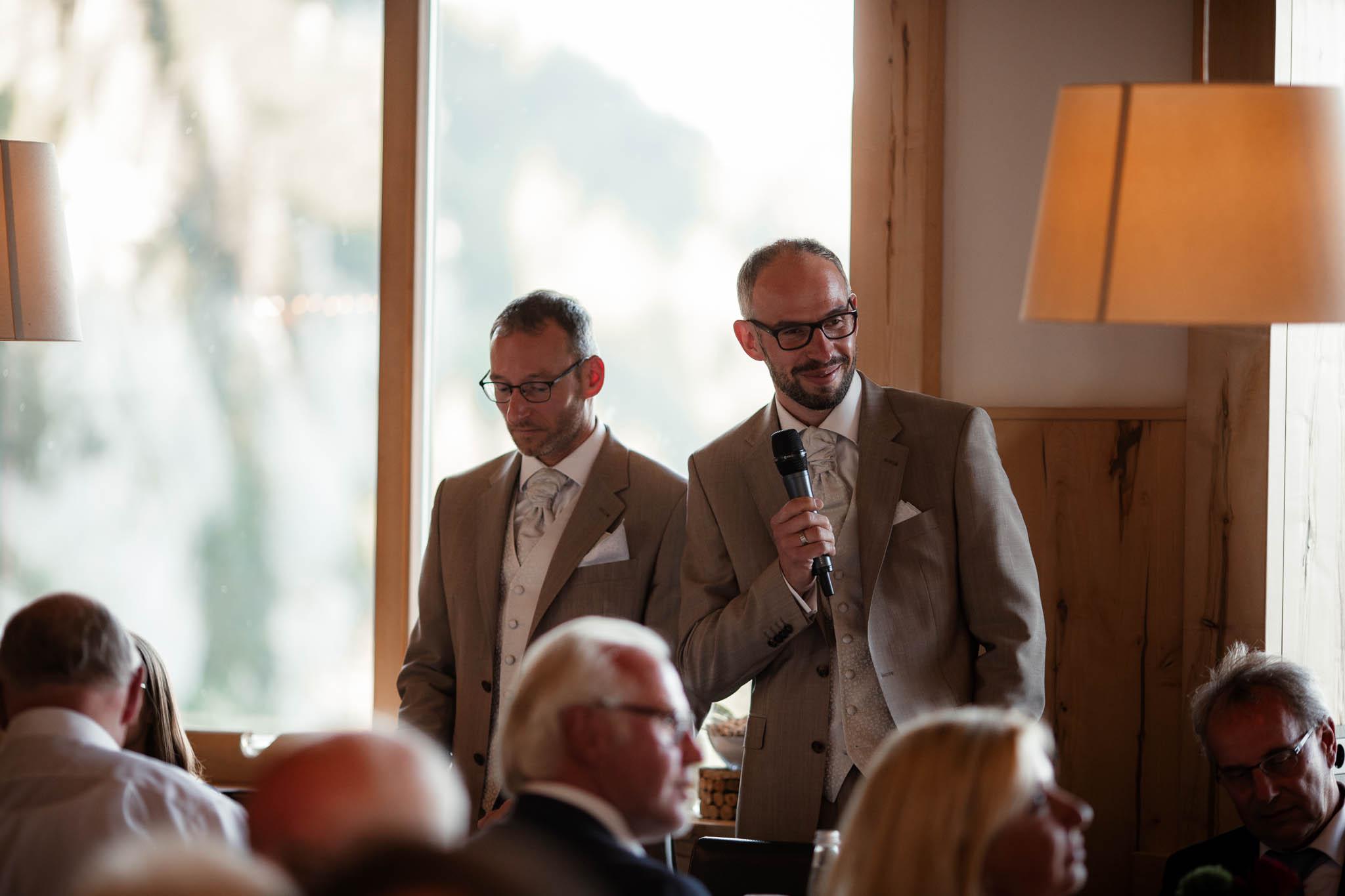 Hochzeitsfotograf Alpen, Chiemgau: freie Trauung von Dennis & Dirk 77