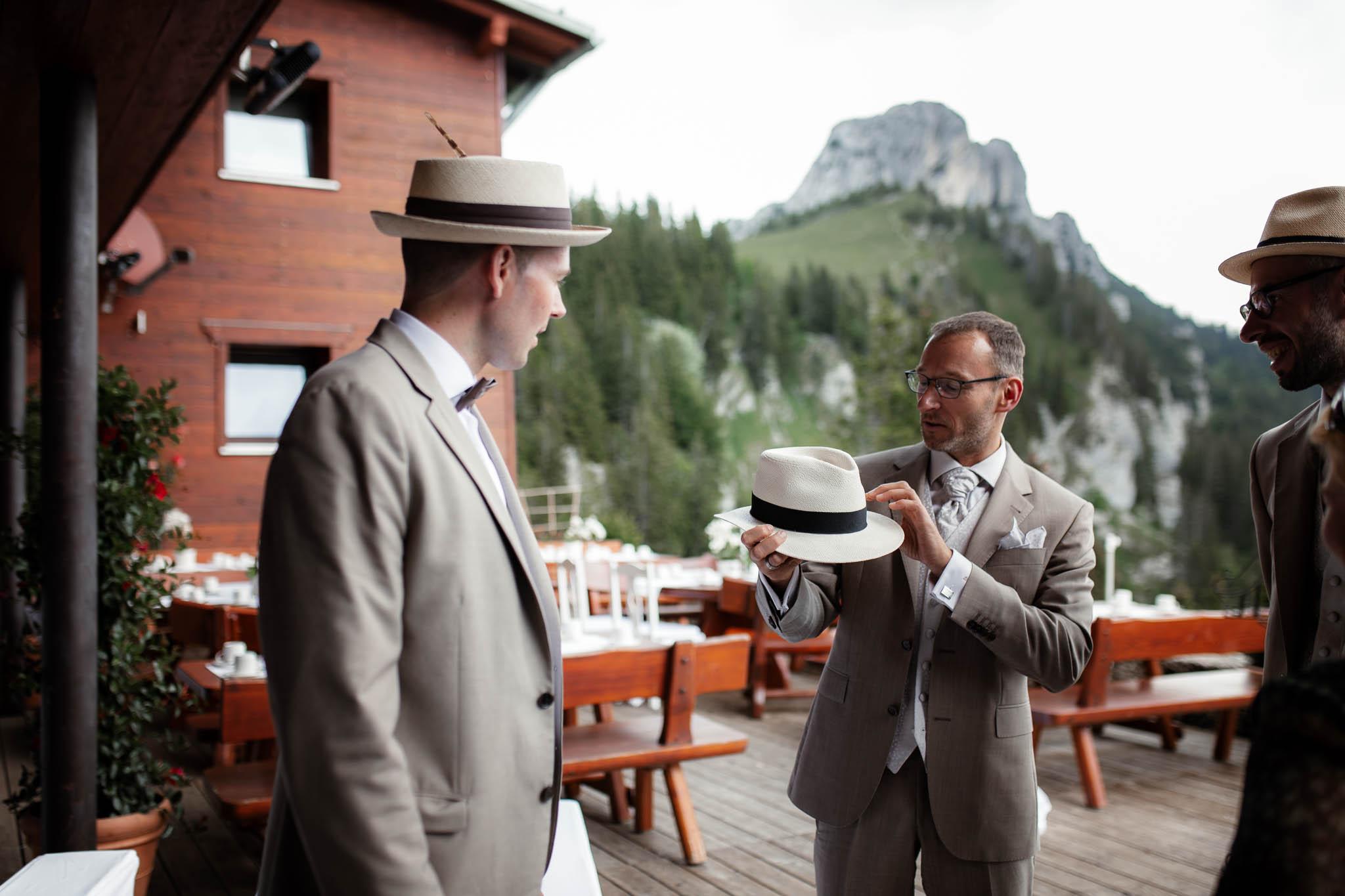 Hochzeitsfotograf Alpen, Chiemgau: freie Trauung von Dennis & Dirk 13