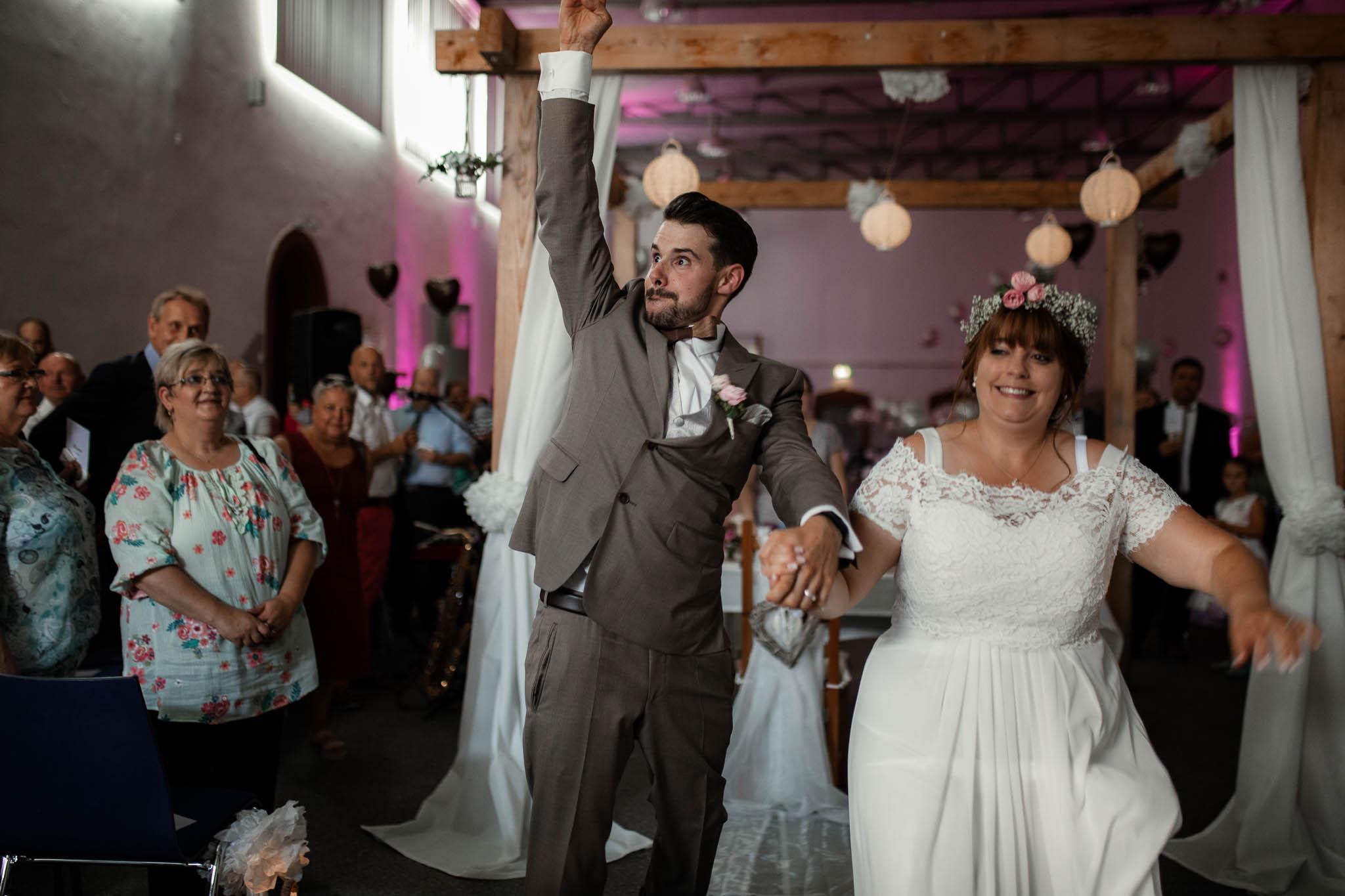 Hochzeitsfotograf Worms, Freie Trauung im Kesselhaus: Marie und Chris 21