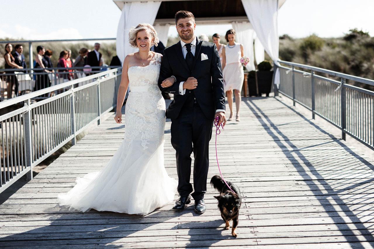 Hochzeitsfotograf Renesse, Holland: Lisa & Michael heiraten mit einer Freie Trauung am Strand 41