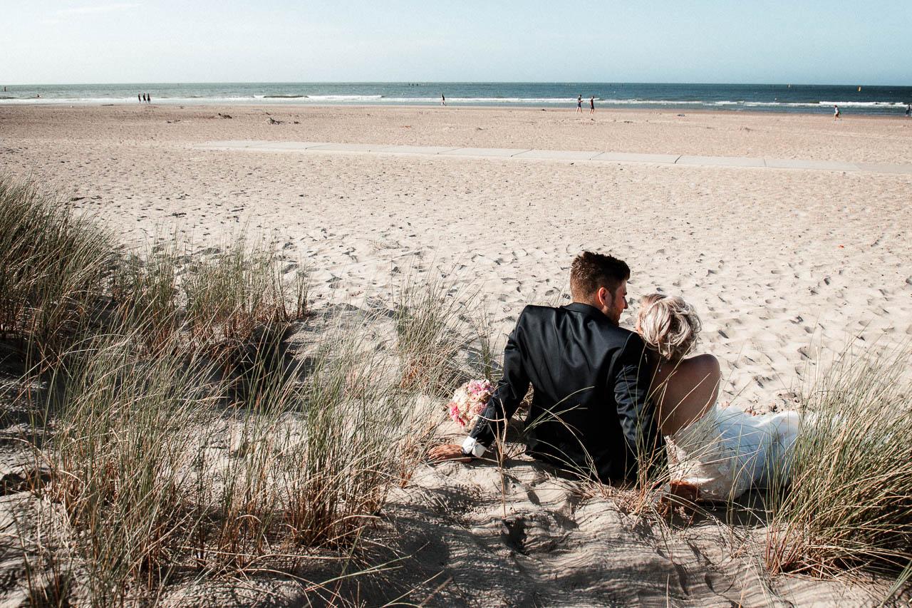 Hochzeitsfotograf Renesse, Holland: Lisa & Michael heiraten mit einer Freie Trauung am Strand 48