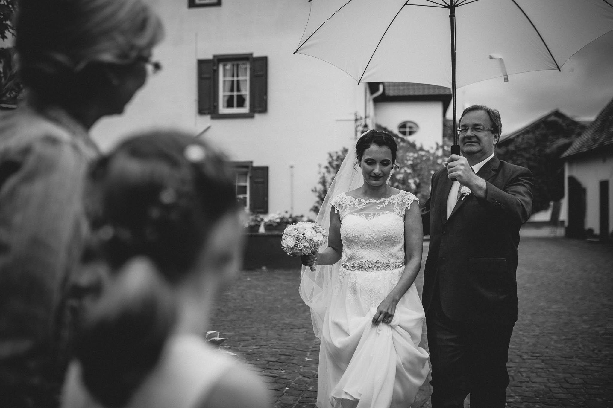 Hochzeitsfotograf Monzernheim: freie Trauung von Sarah & Patrick 18
