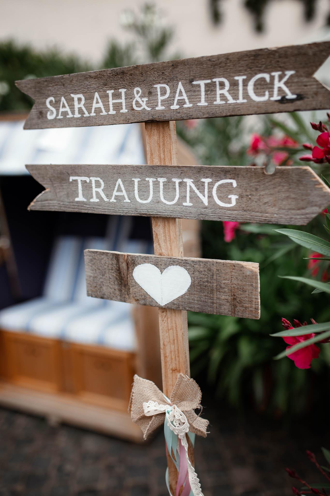 Hochzeitsfotograf Monzernheim: freie Trauung von Sarah & Patrick 19