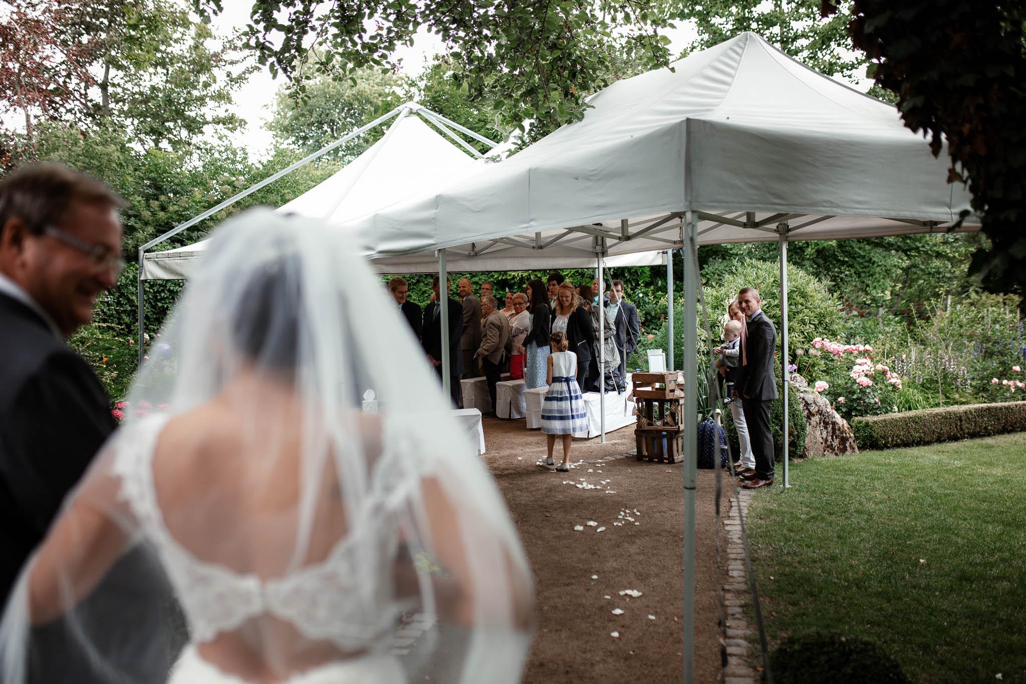 Hochzeitsfotograf Monzernheim: freie Trauung von Sarah & Patrick 22