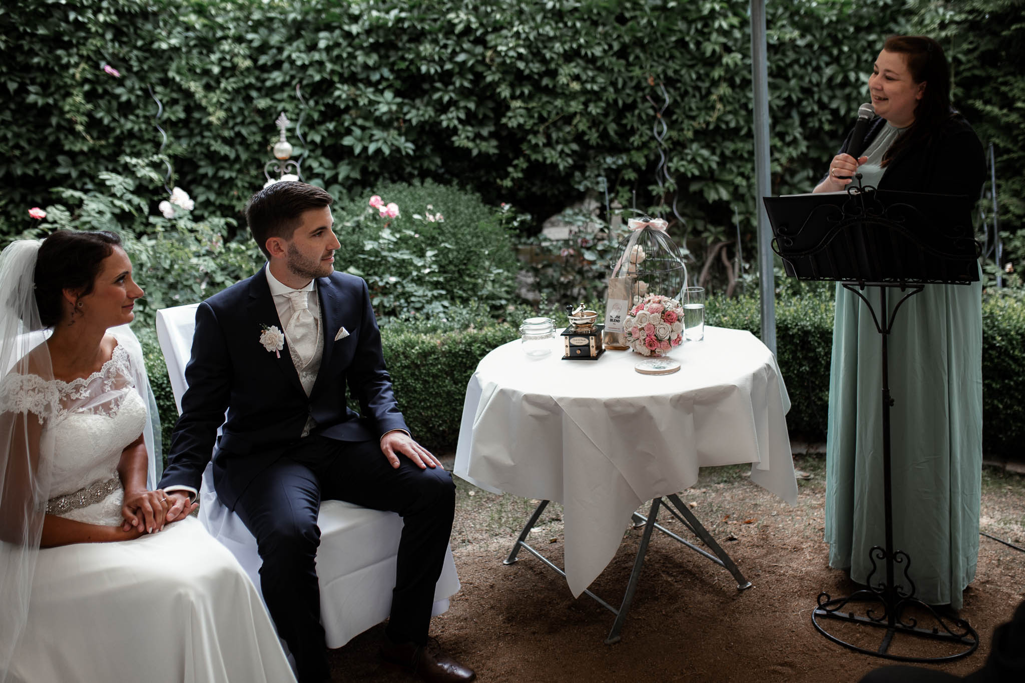 Hochzeitsfotograf Monzernheim: freie Trauung von Sarah & Patrick 25