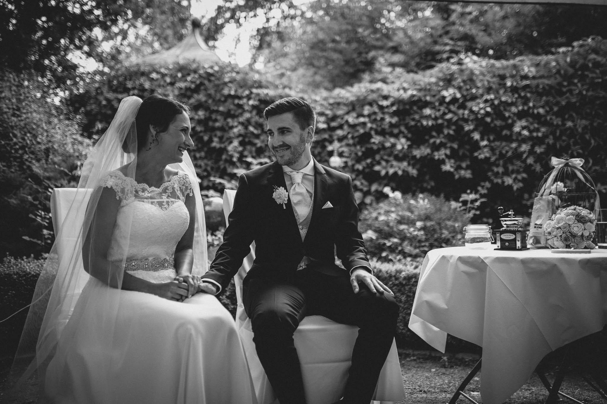 Hochzeitsfotograf Monzernheim: freie Trauung von Sarah & Patrick 27