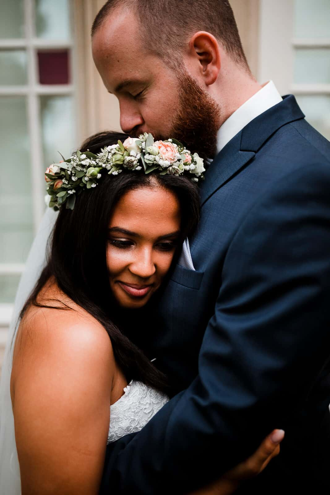 Bei den Hochzeitsfotos von Phillip und Raquel sieht man, wie sehr sich die beiden lieben