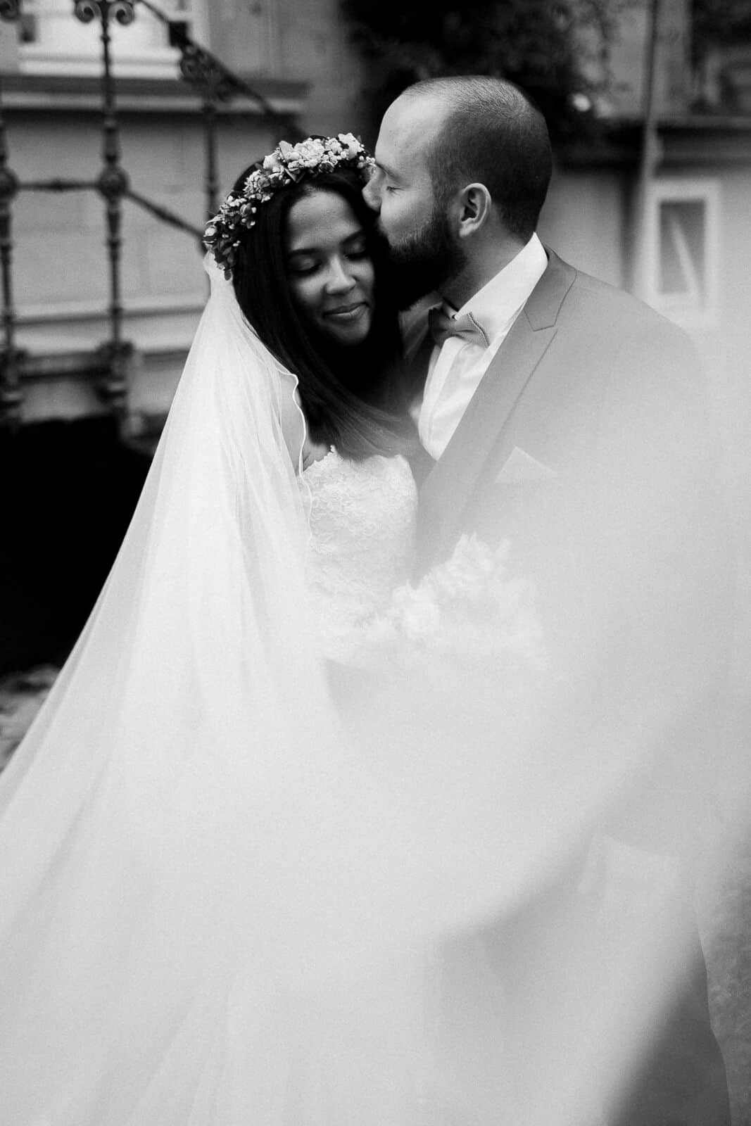 Die Hochzeitsfotos wurden direkt im Weingut in Deidesheim gemacht um mehr Zeit für die Hochzeitsparty zu haben