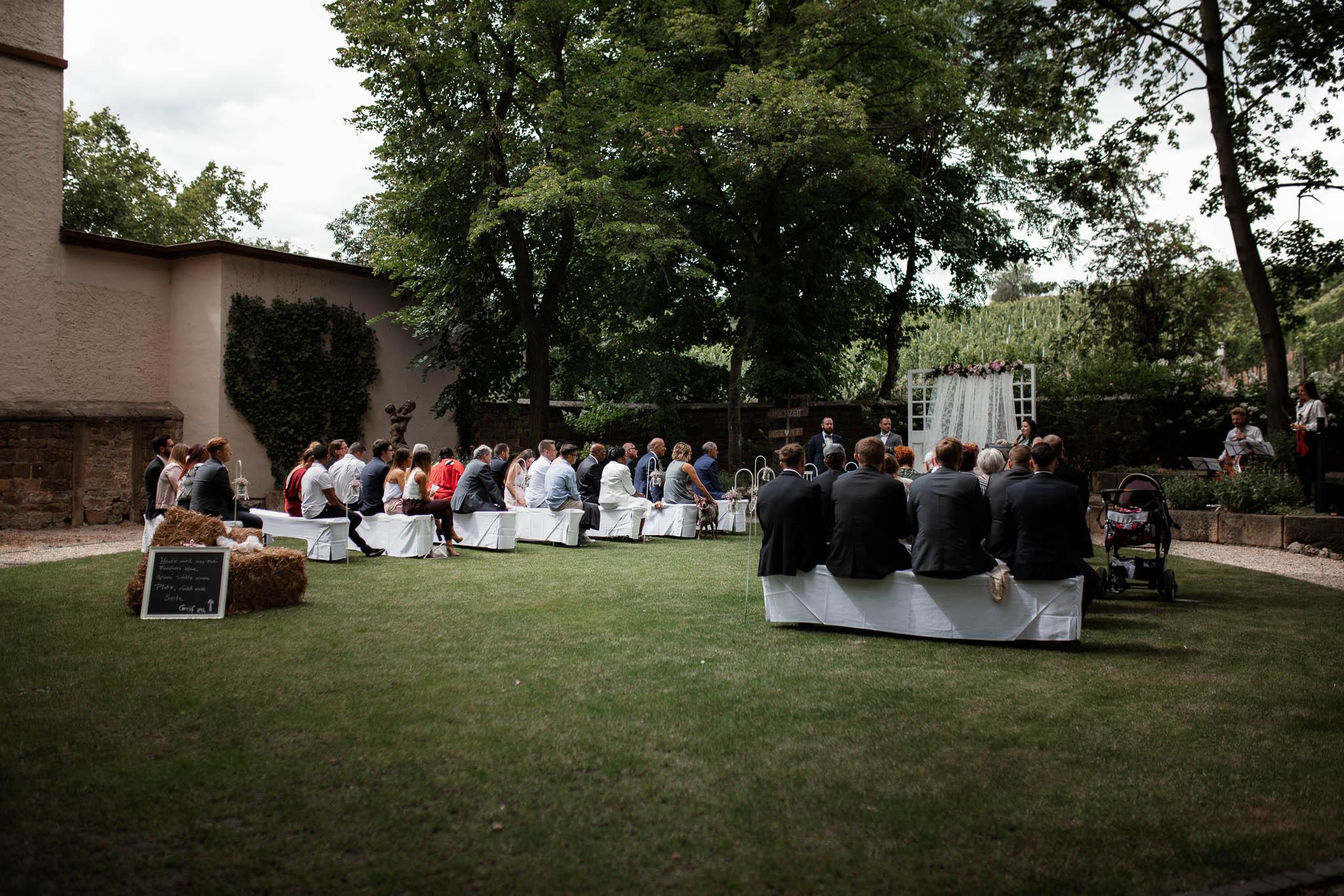 Als Hochzeitsfotograf in Deidesheim: Freie Trauung von Raquel & Philipp 31