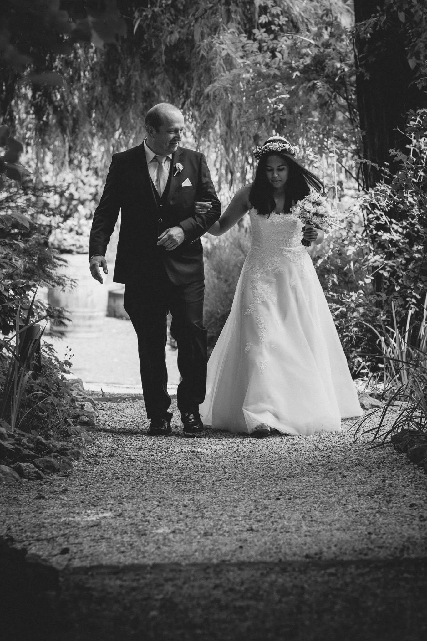 Als Hochzeitsfotograf in Deidesheim: Freie Trauung von Raquel & Philipp 32