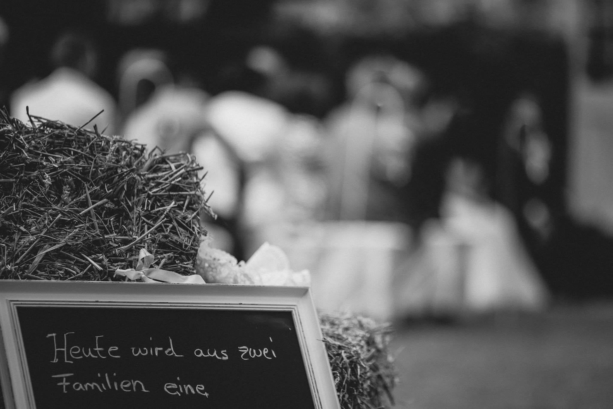 Als Hochzeitsfotograf in Deidesheim: Freie Trauung von Raquel & Philipp 30