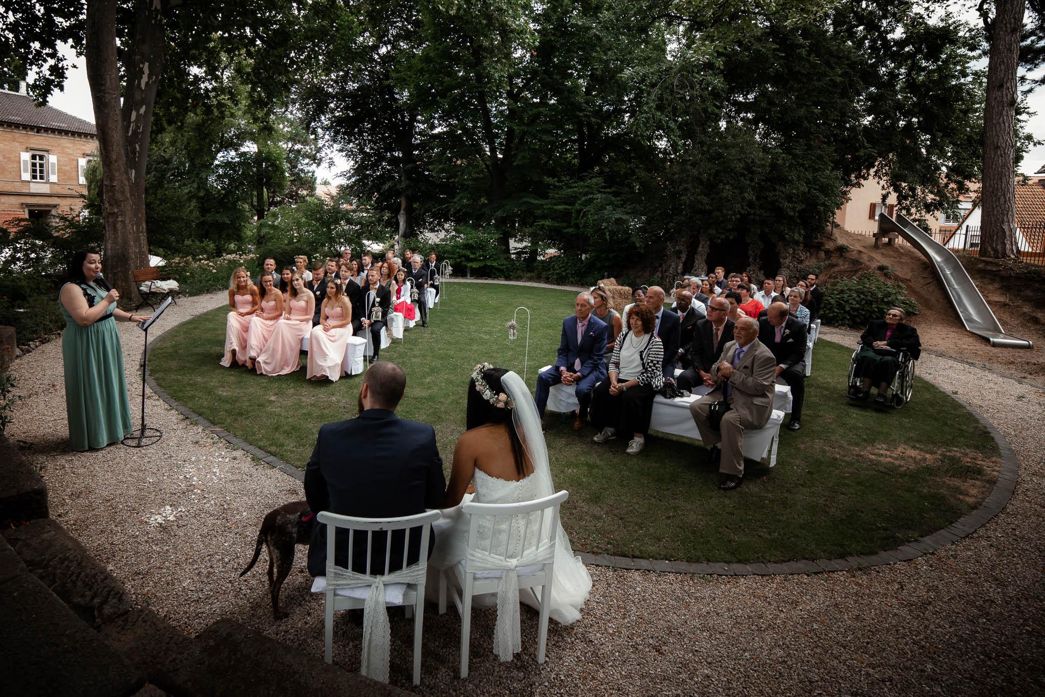 Als Hochzeitsfotograf in Deidesheim: Freie Trauung von Raquel & Philipp 38
