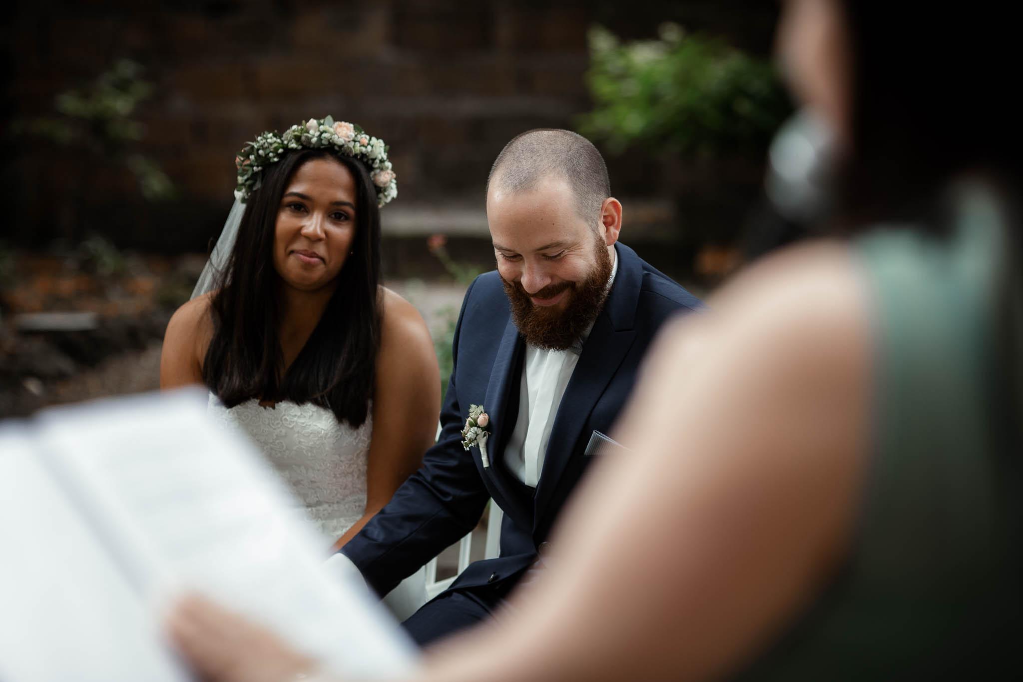 Als Hochzeitsfotograf in Deidesheim: Freie Trauung von Raquel & Philipp 44