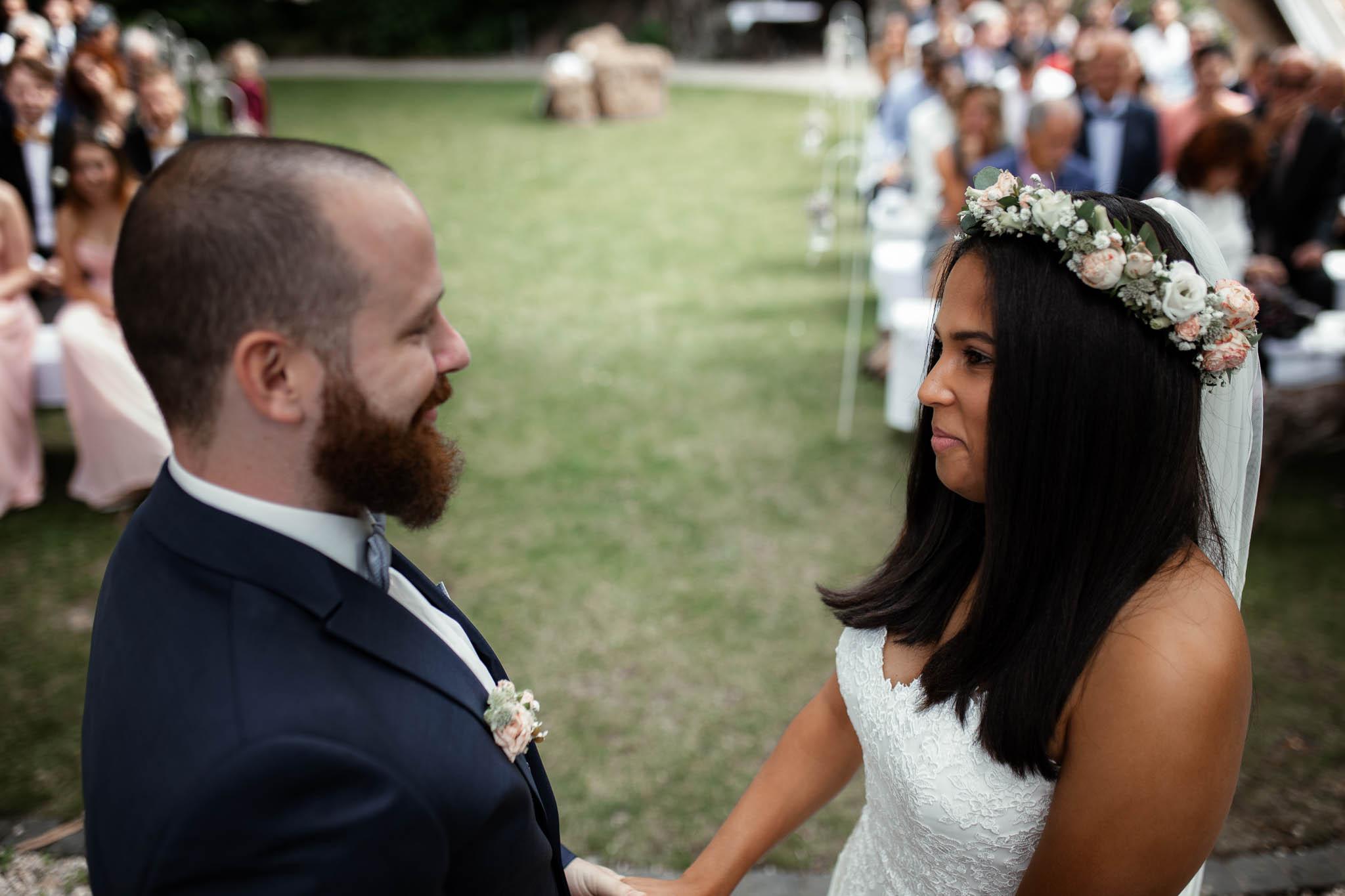 Als Hochzeitsfotograf in Deidesheim: Freie Trauung von Raquel & Philipp 48