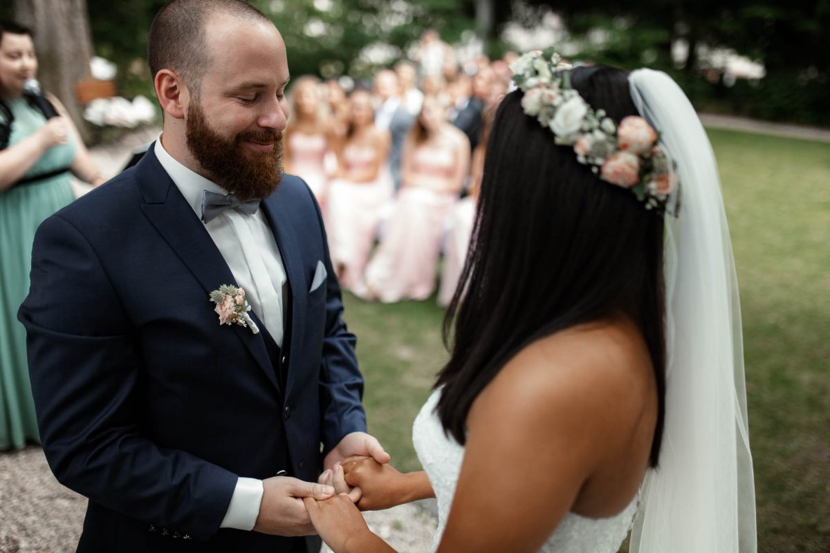 Als Hochzeitsfotograf in Deidesheim: Freie Trauung von Raquel & Philipp 2