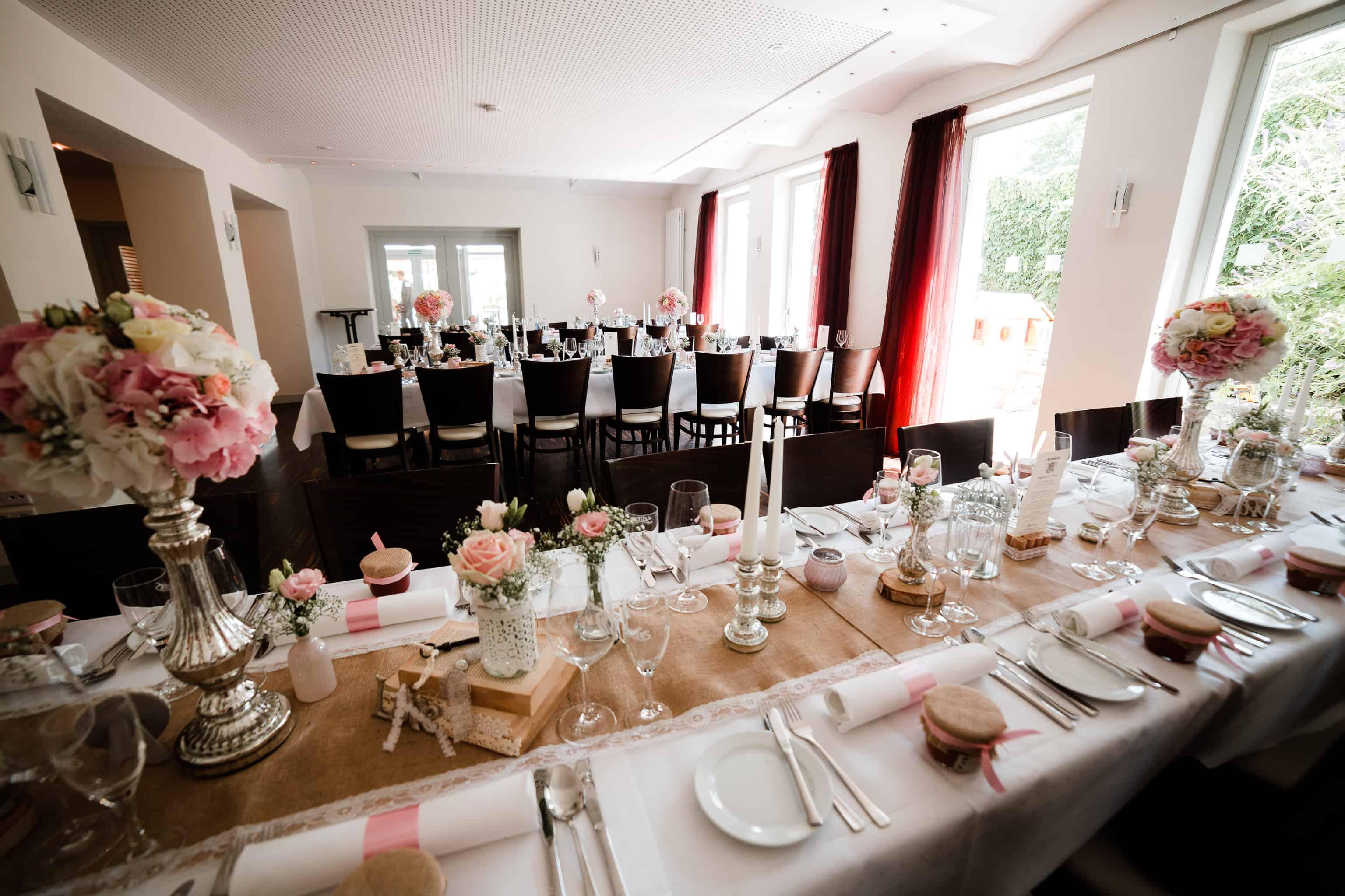Fabienne und Oli haben ihre Hochzeit in diesem Saal in Guntersblum