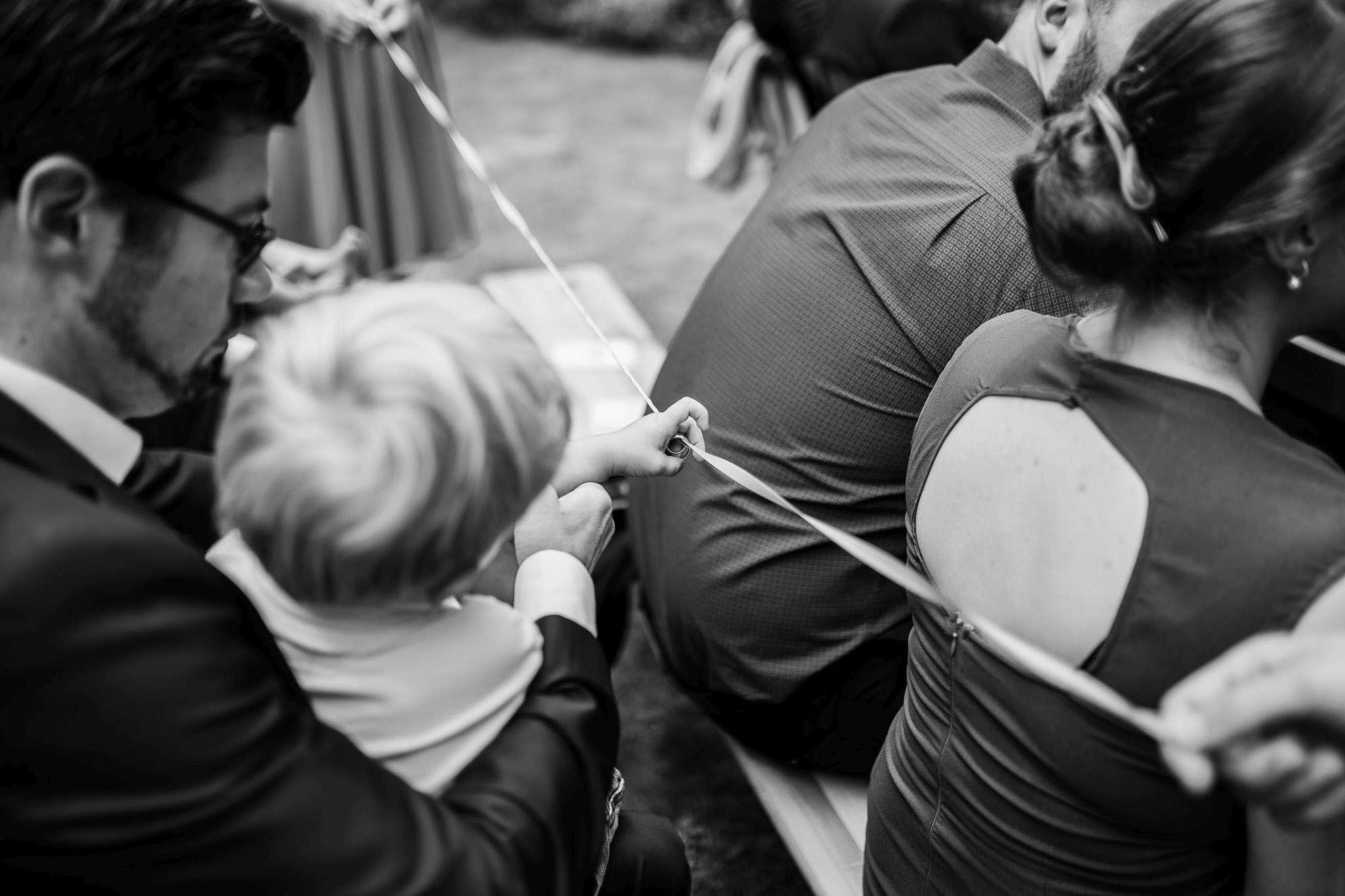 Bandritual bei der Hochzeit