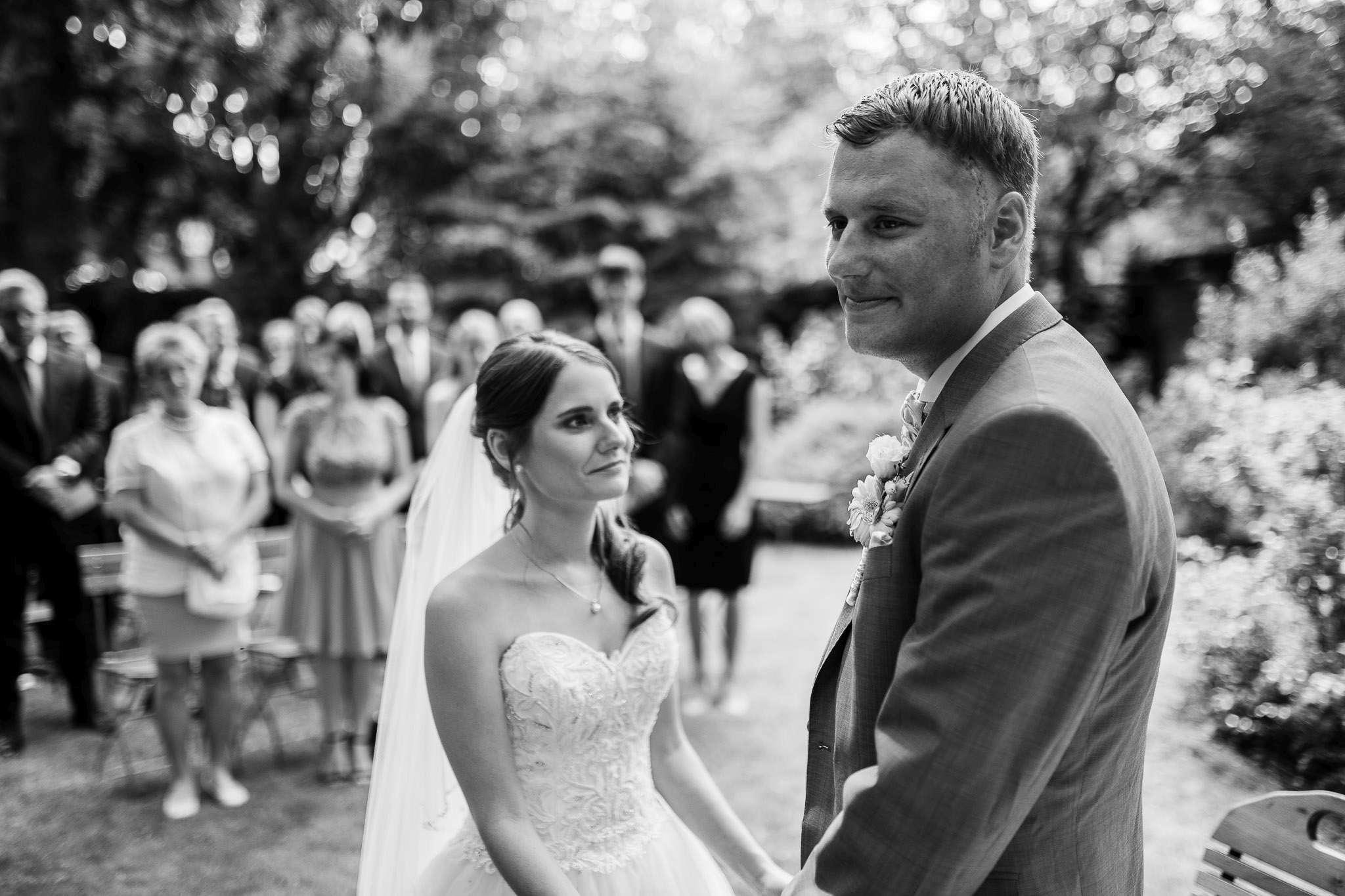 Das Brautpaar beim Ja-Wort