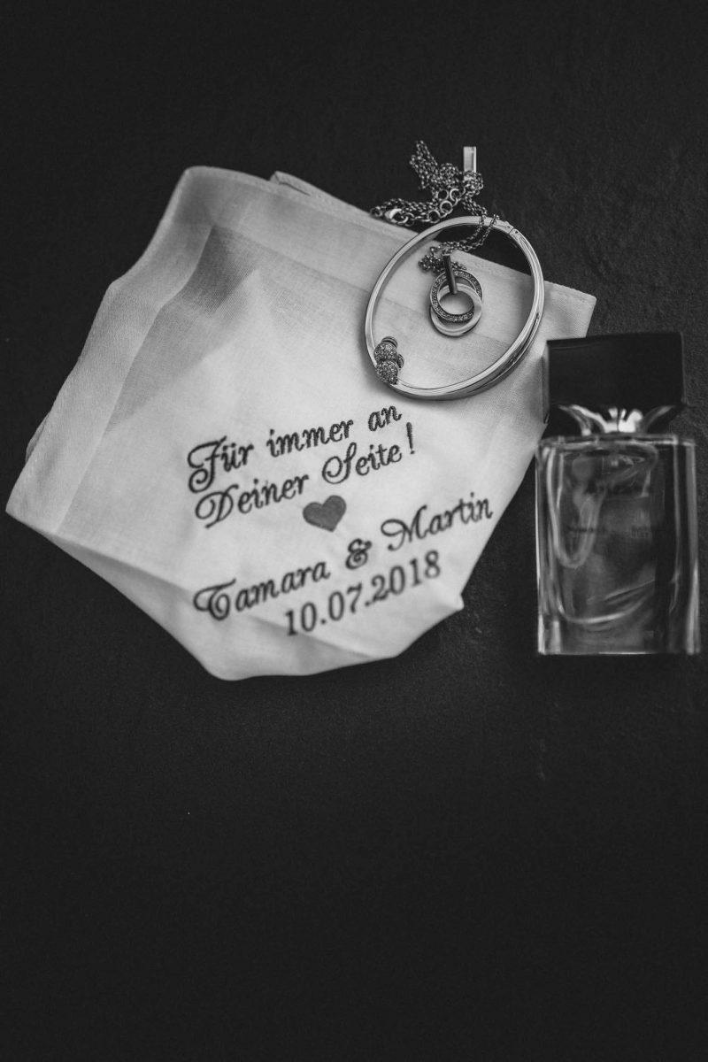 Als Hochzeitsfotograf in Undenheim: Freie Trauung von Tamara und Martin im Junghof 17