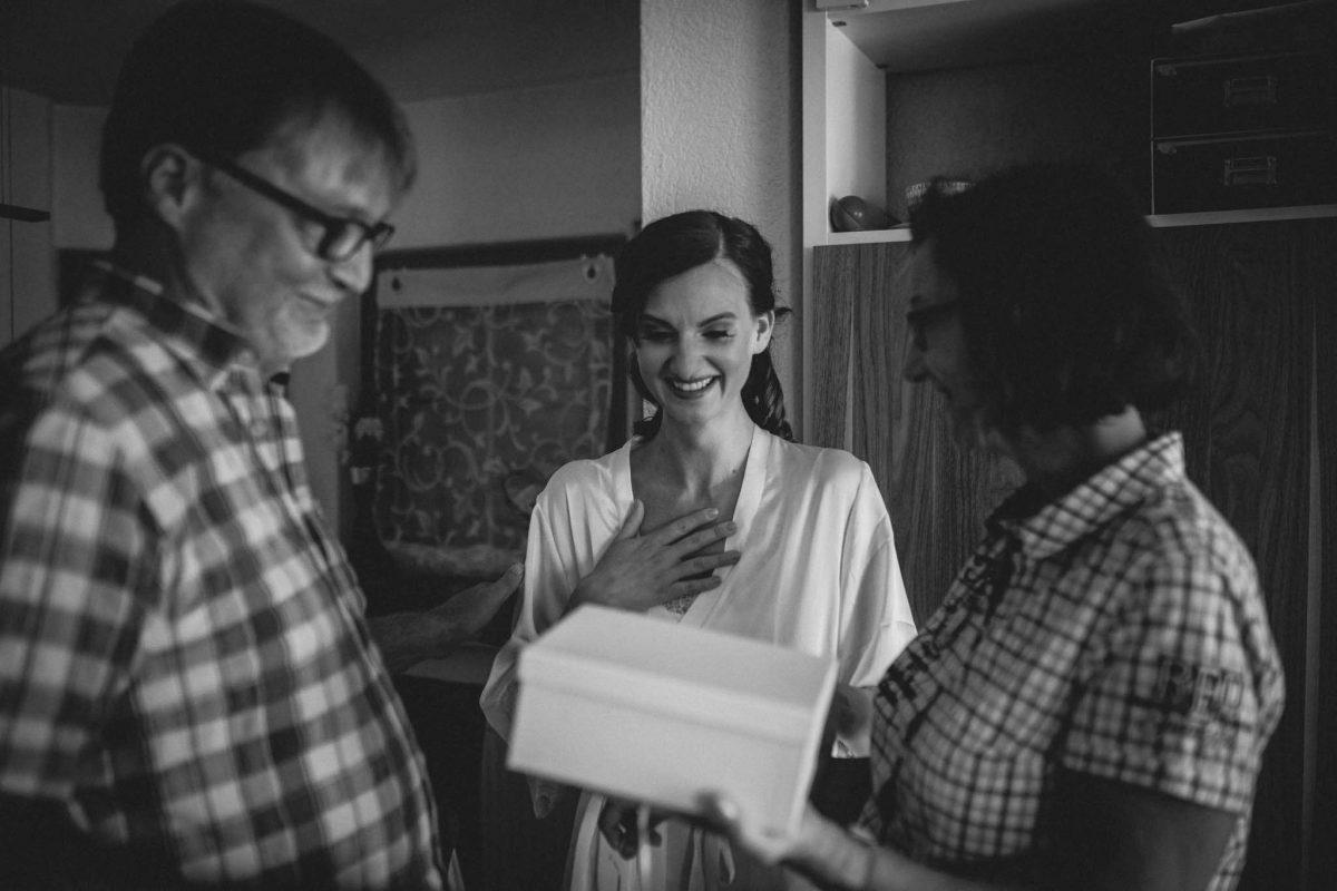 Als Hochzeitsfotograf in Undenheim: Freie Trauung von Tamara und Martin im Junghof 24