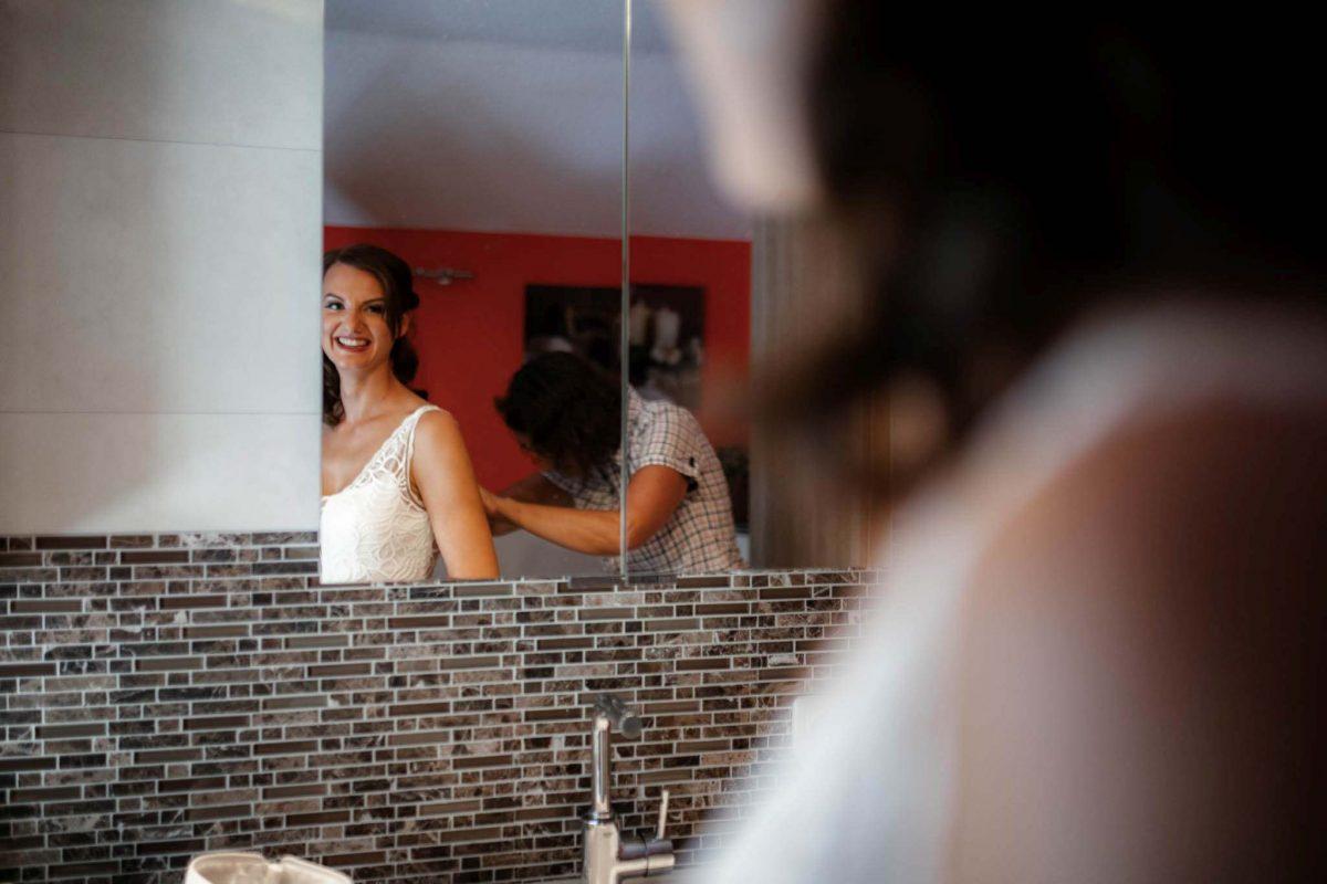Als Hochzeitsfotograf in Undenheim: Freie Trauung von Tamara und Martin im Junghof 27