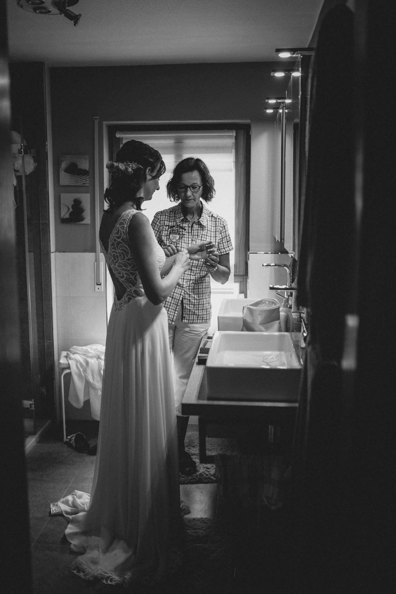 Als Hochzeitsfotograf im Weingut Junghof Undenheim: Hochzeit von Tamara und Martin 17
