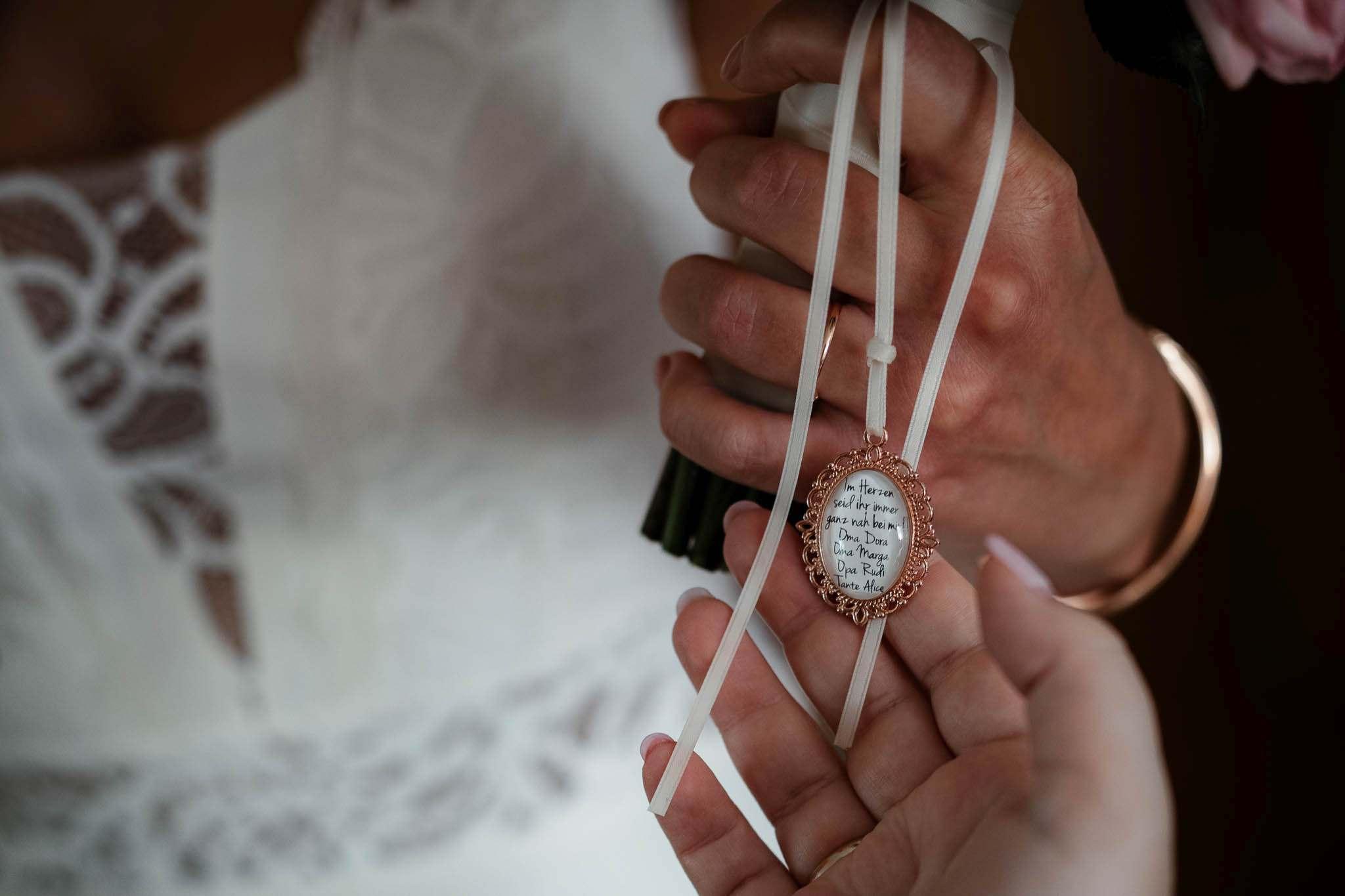 Als Hochzeitsfotograf im Weingut Junghof Undenheim: Hochzeit von Tamara und Martin 20