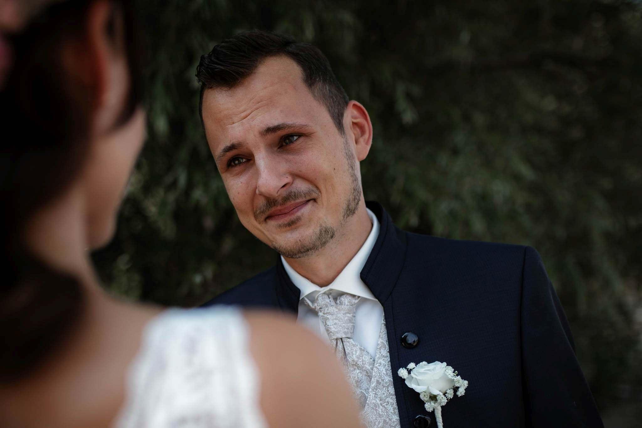 Als Hochzeitsfotograf im Weingut Junghof Undenheim: Hochzeit von Tamara und Martin 24