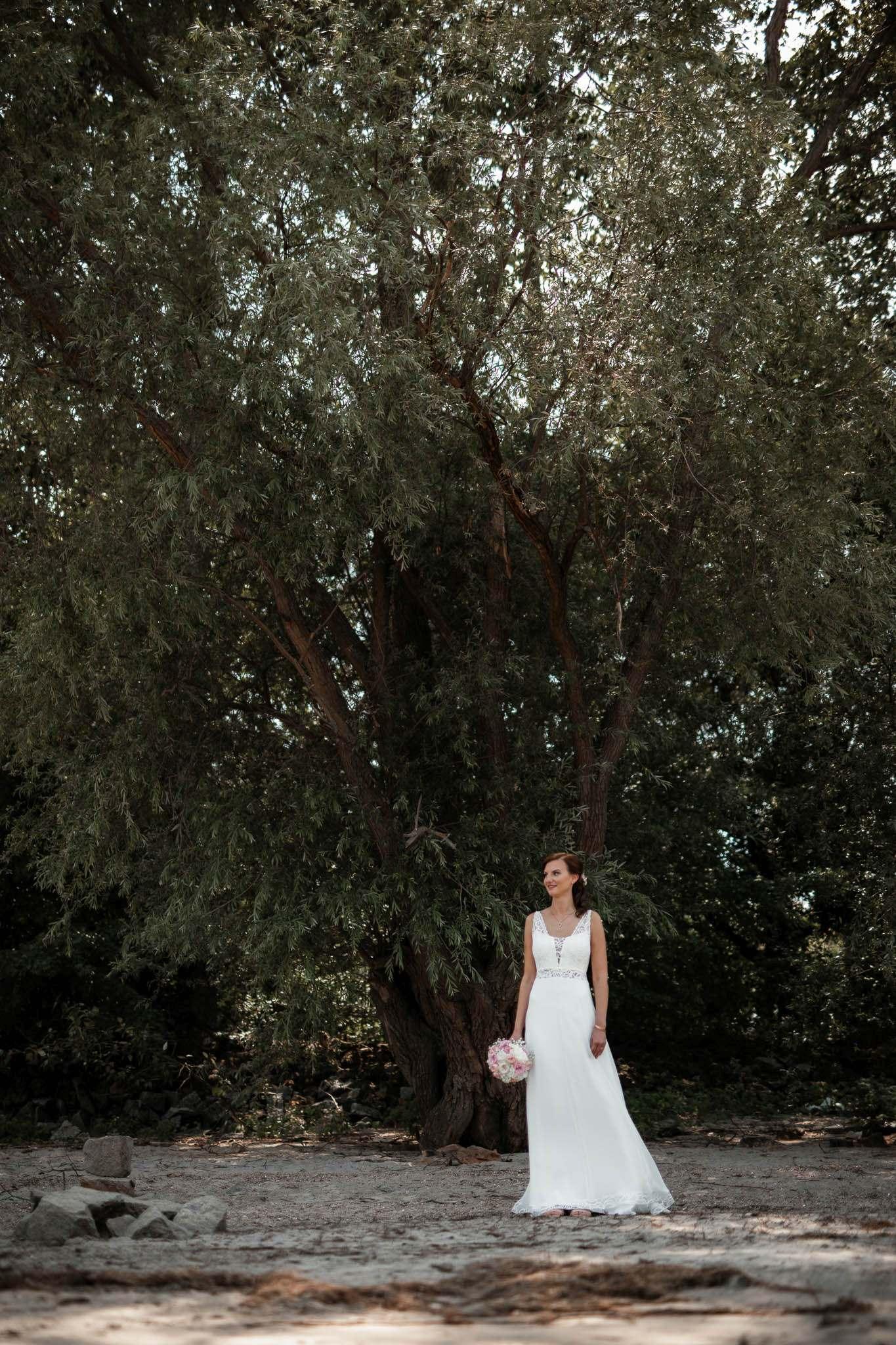 Als Hochzeitsfotograf im Weingut Junghof Undenheim: Hochzeit von Tamara und Martin 29
