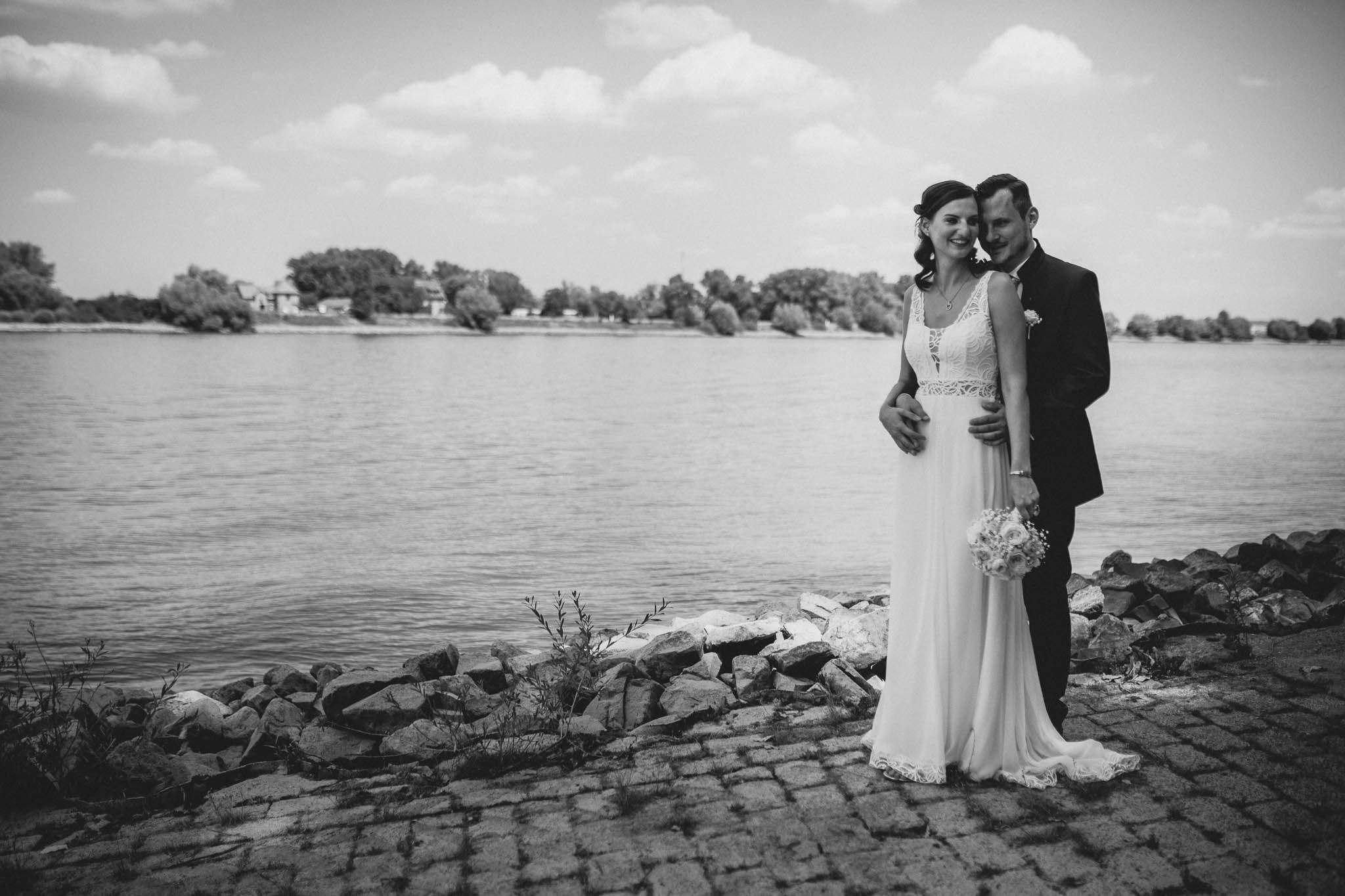 Als Hochzeitsfotograf im Weingut Junghof Undenheim: Hochzeit von Tamara und Martin 37