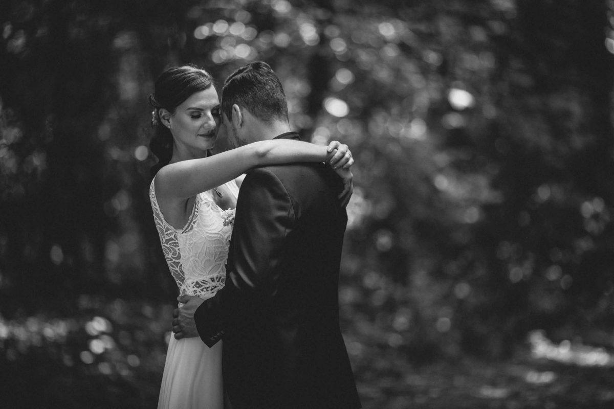 Als Hochzeitsfotograf in Undenheim: Freie Trauung von Tamara und Martin im Junghof 65