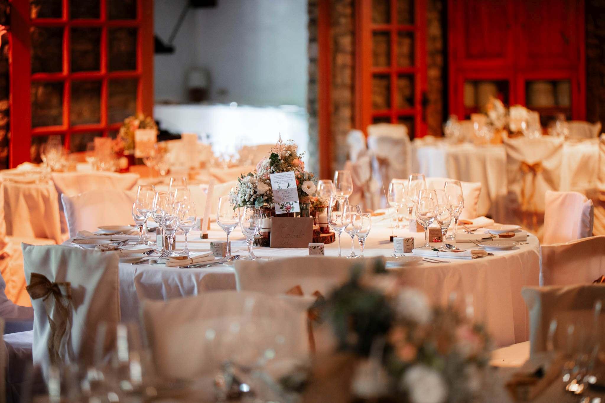 Als Hochzeitsfotograf im Weingut Junghof Undenheim: Hochzeit von Tamara und Martin 40