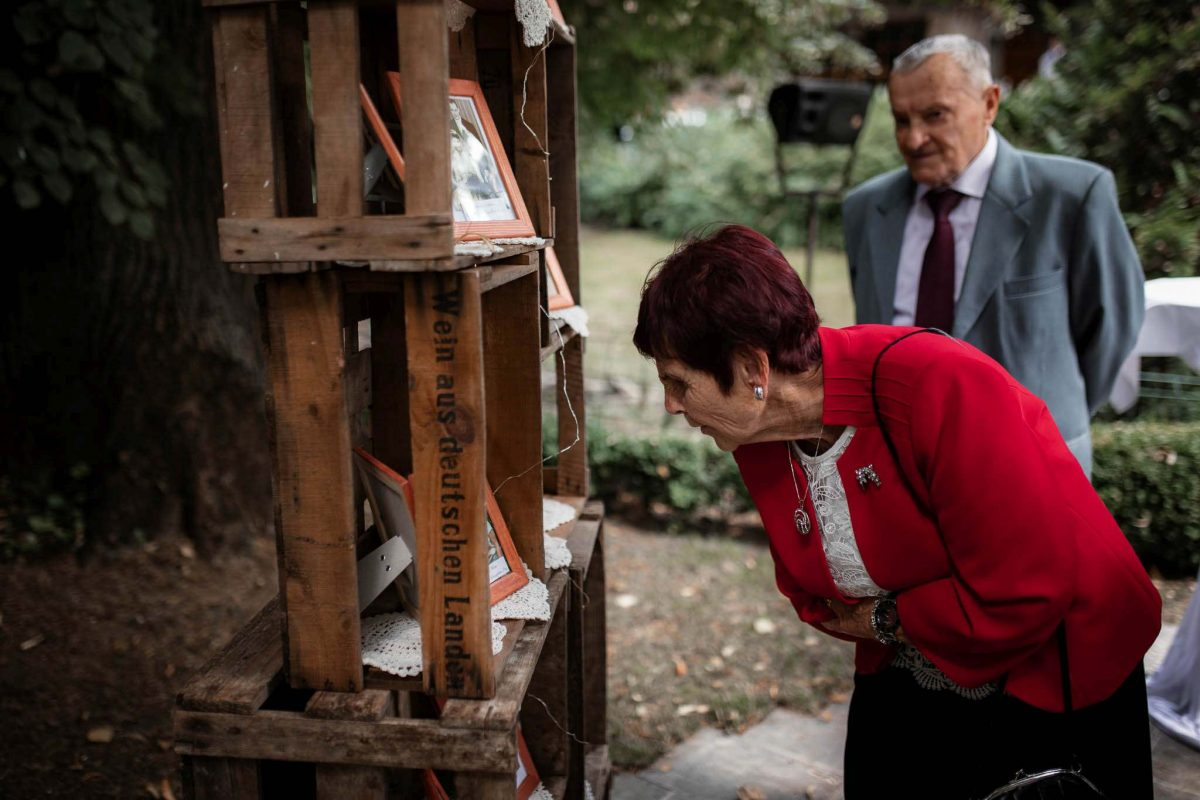 Als Hochzeitsfotograf in Undenheim: Freie Trauung von Tamara und Martin im Junghof 69