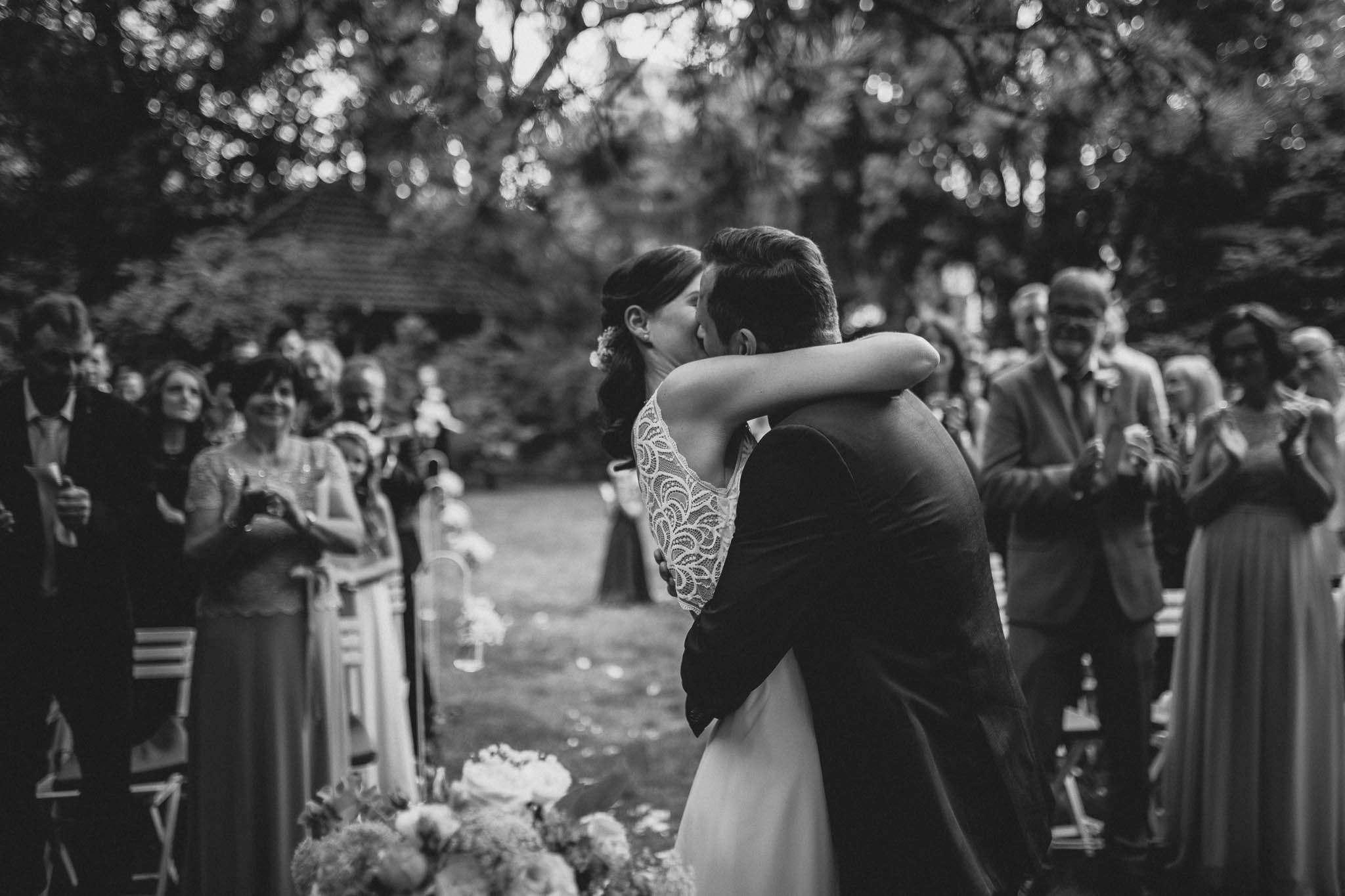 Als Hochzeitsfotograf im Weingut Junghof Undenheim: Hochzeit von Tamara und Martin 58