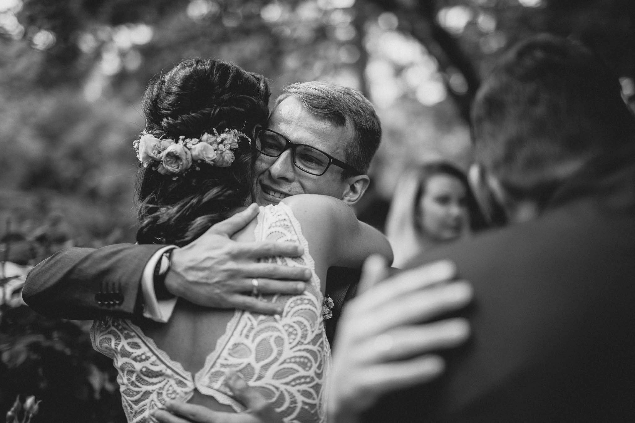 Als Hochzeitsfotograf im Weingut Junghof Undenheim: Hochzeit von Tamara und Martin 64