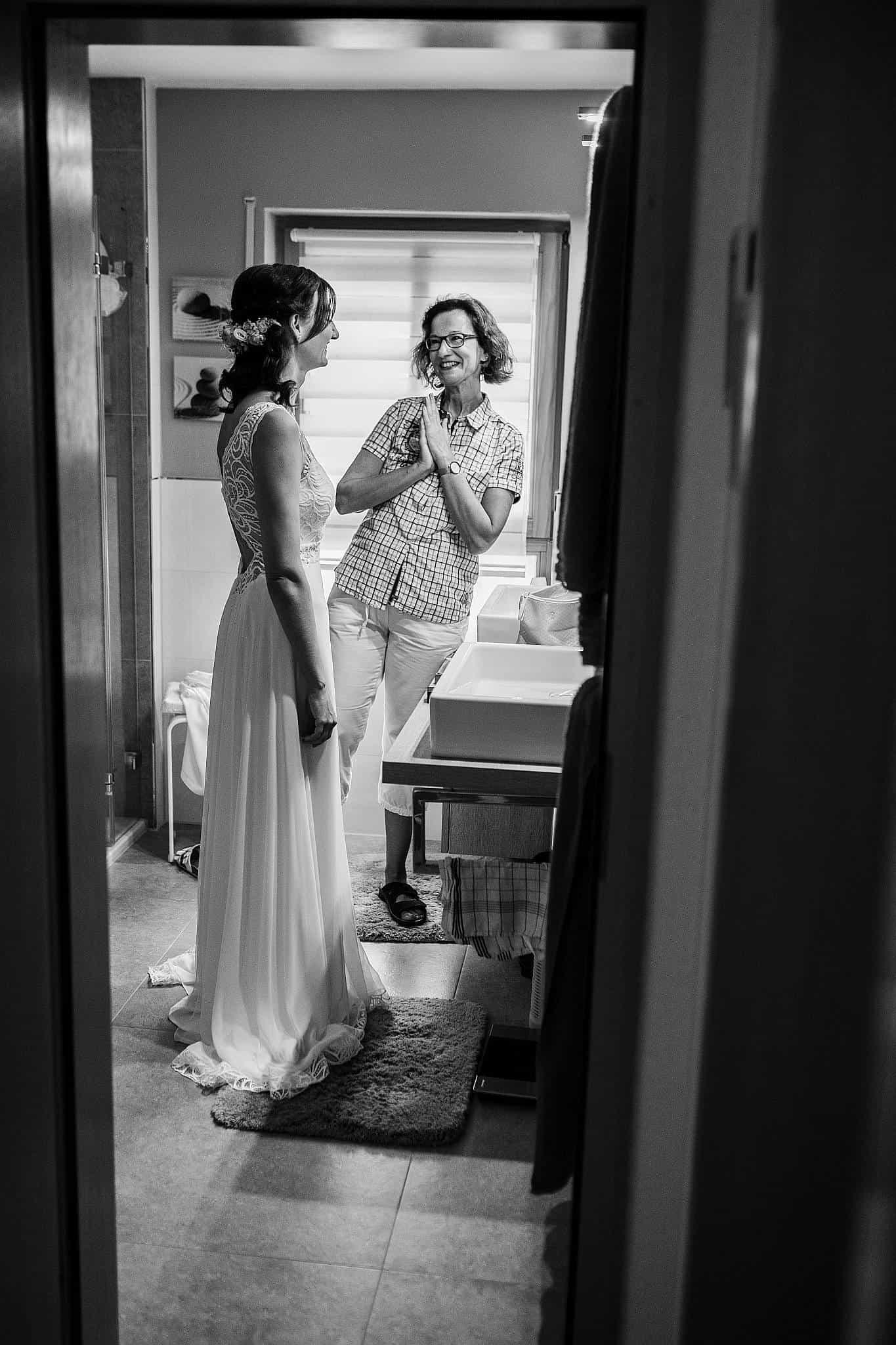 Braut und Brautmutter
