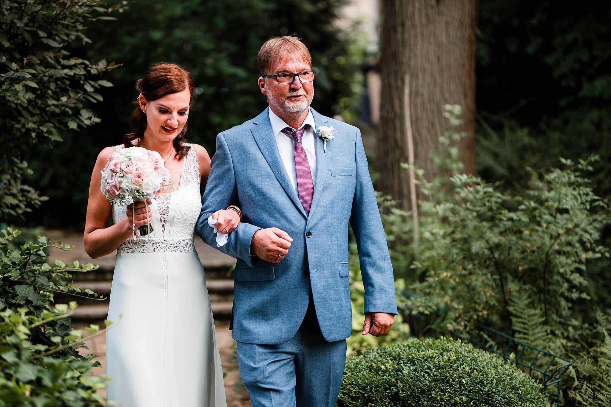 Einzug Braut freie Trauung