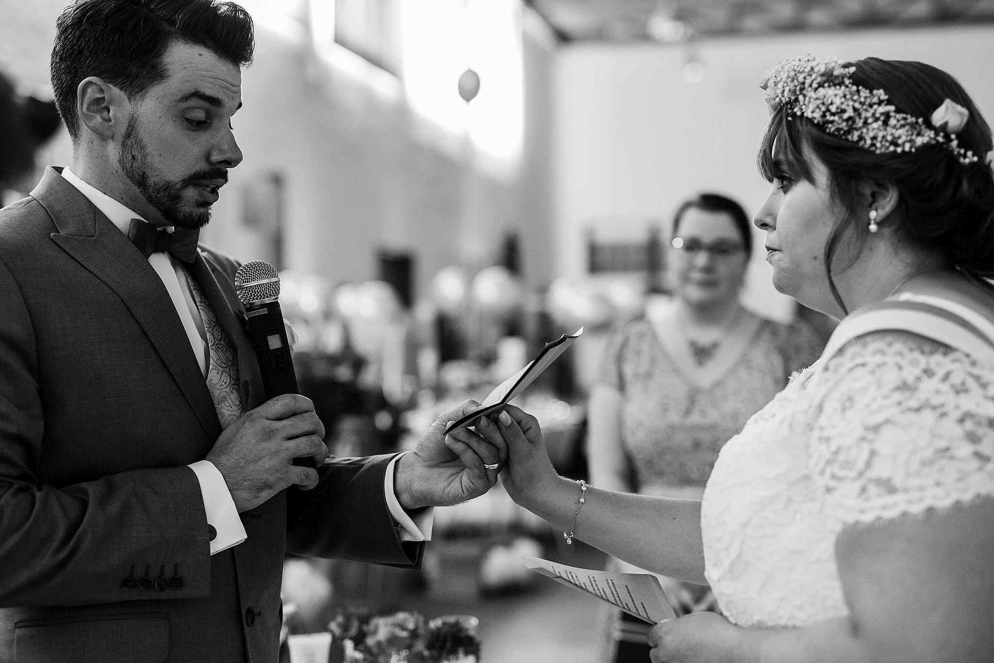Das Ehegelübde während der Zeremonie