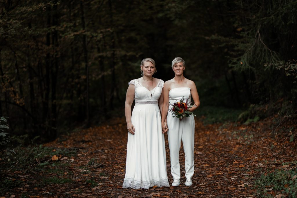 After-Wedding-Shooting im Karlstal - Maja und Nathalie 1
