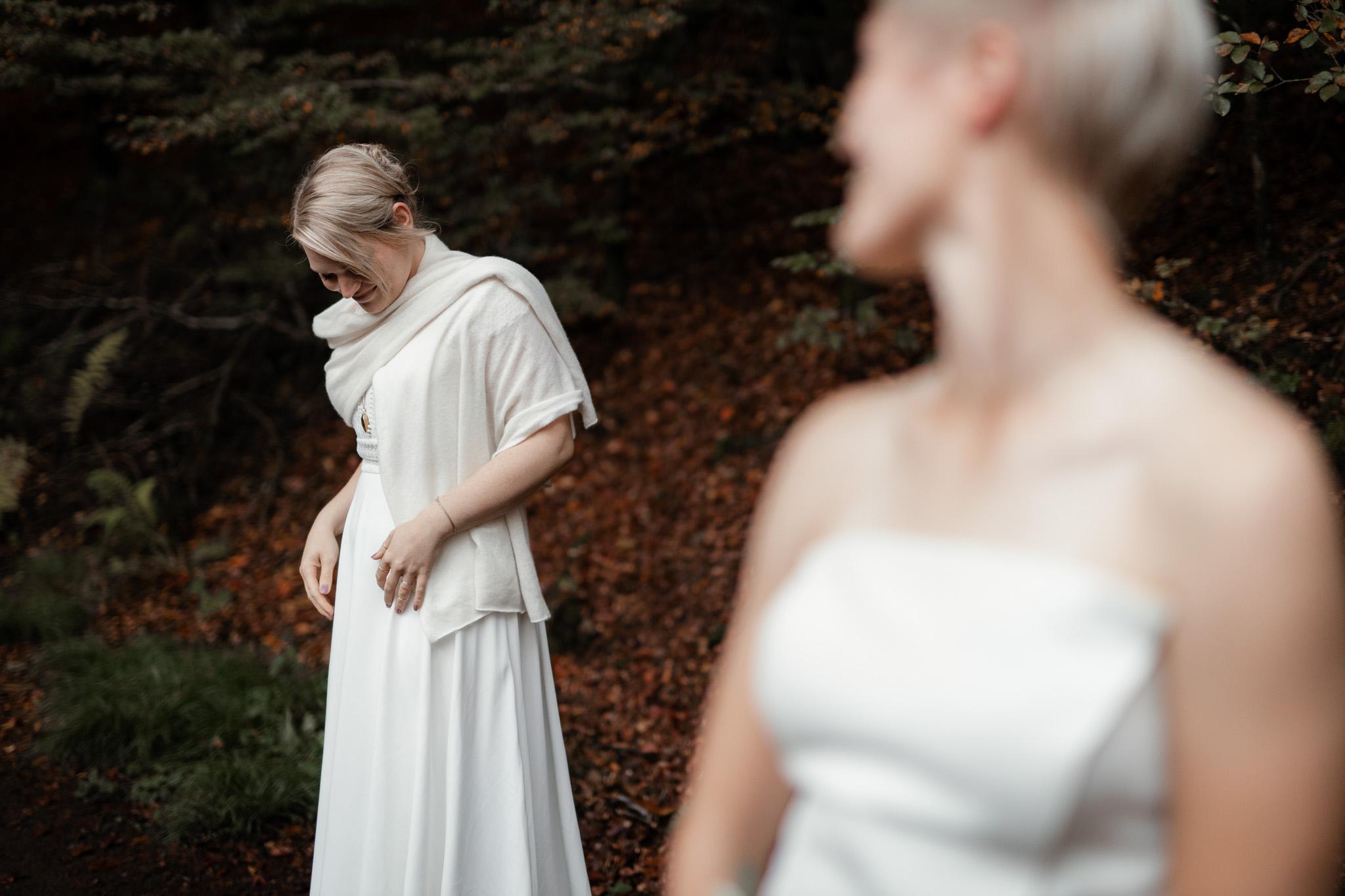 Hochzeitsfotos im Karlstal bei Trippstadt - Maja und Nathalie 10
