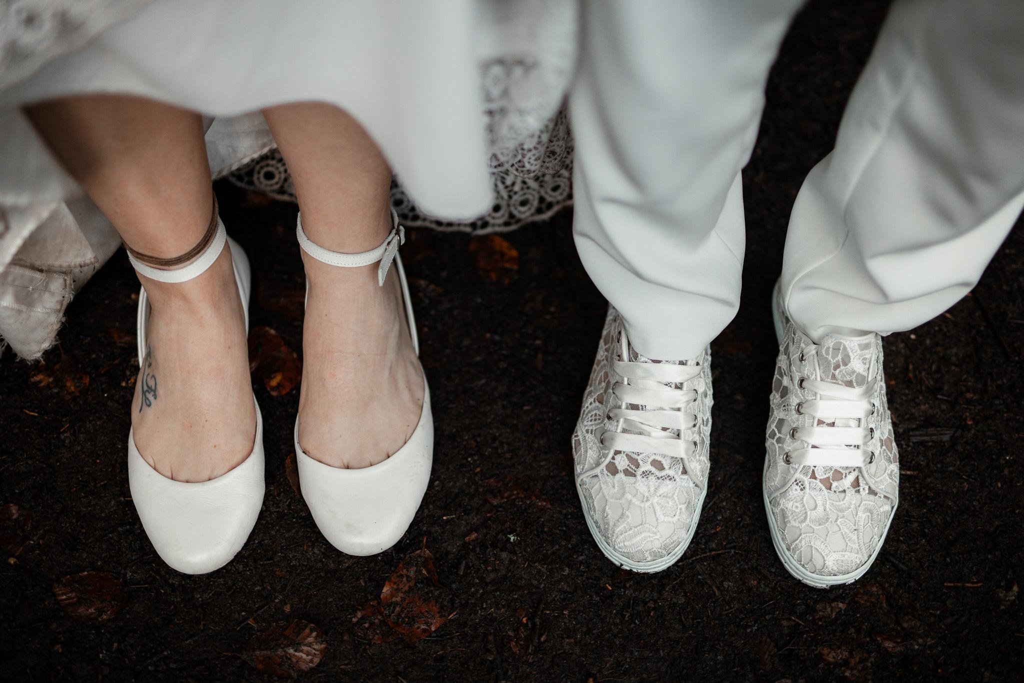 Hochzeitsfotos im Karlstal bei Trippstadt - Maja und Nathalie 8