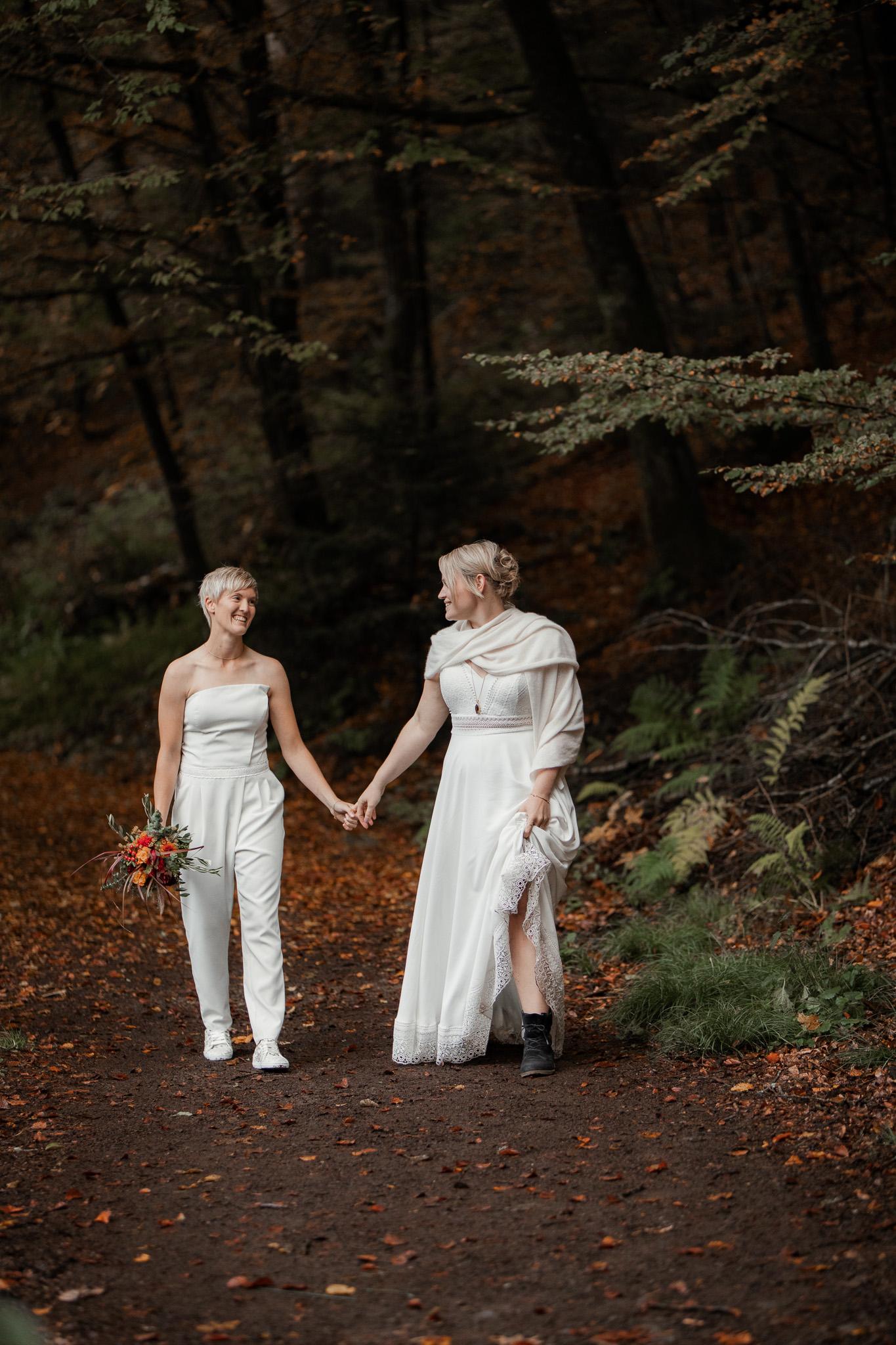 Hochzeitsfotos im Karlstal bei Trippstadt - Maja und Nathalie 5